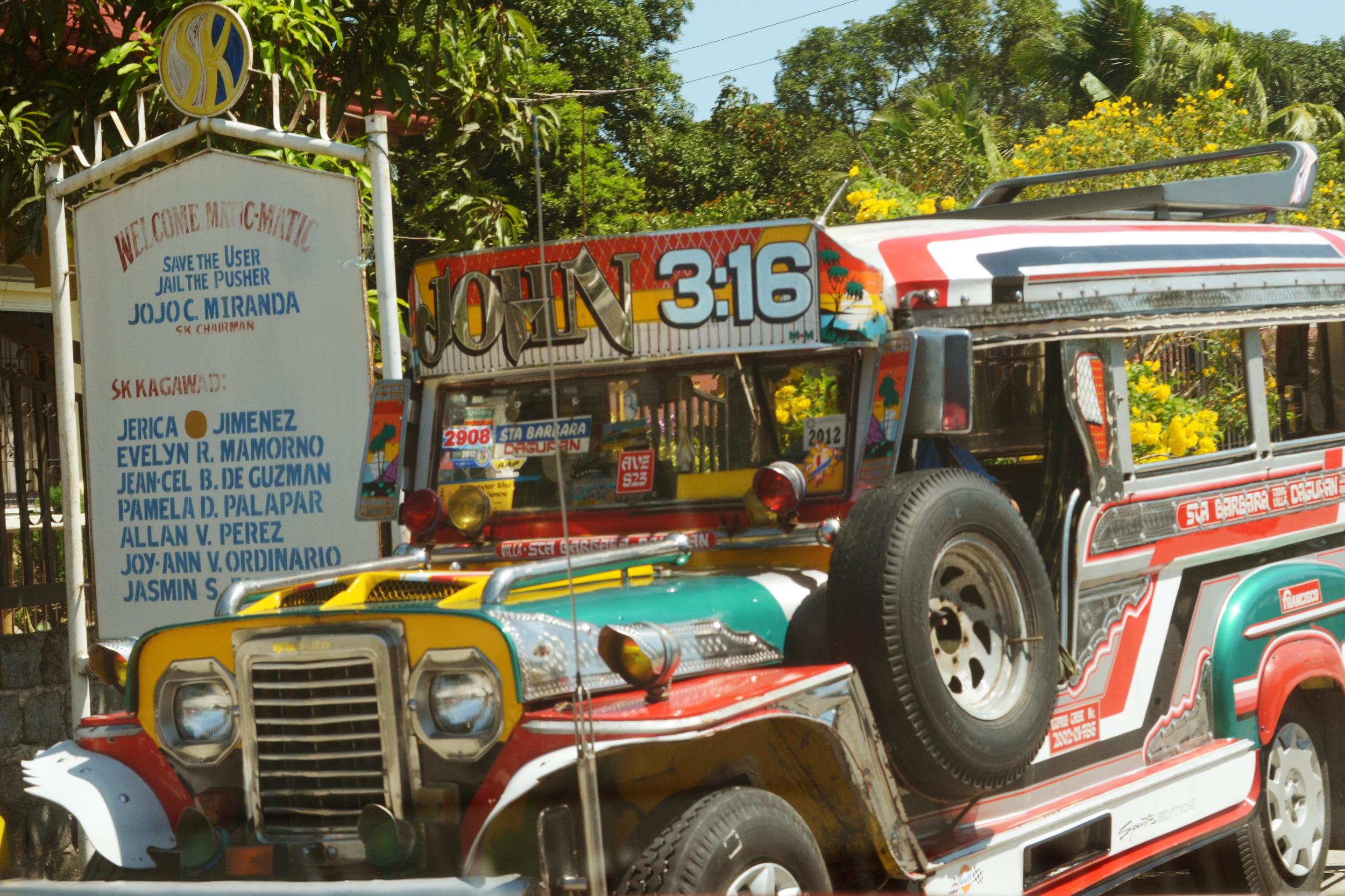 jeepney_squared3701.jpg