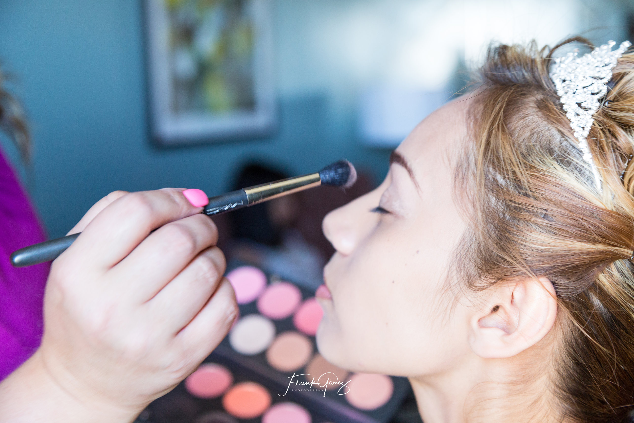 - Make Up ArtistErika Ojeda: 1(408) 512-6227Licensed Esthetician: Highly skilled make up artist  offering the latest make up techniques such as