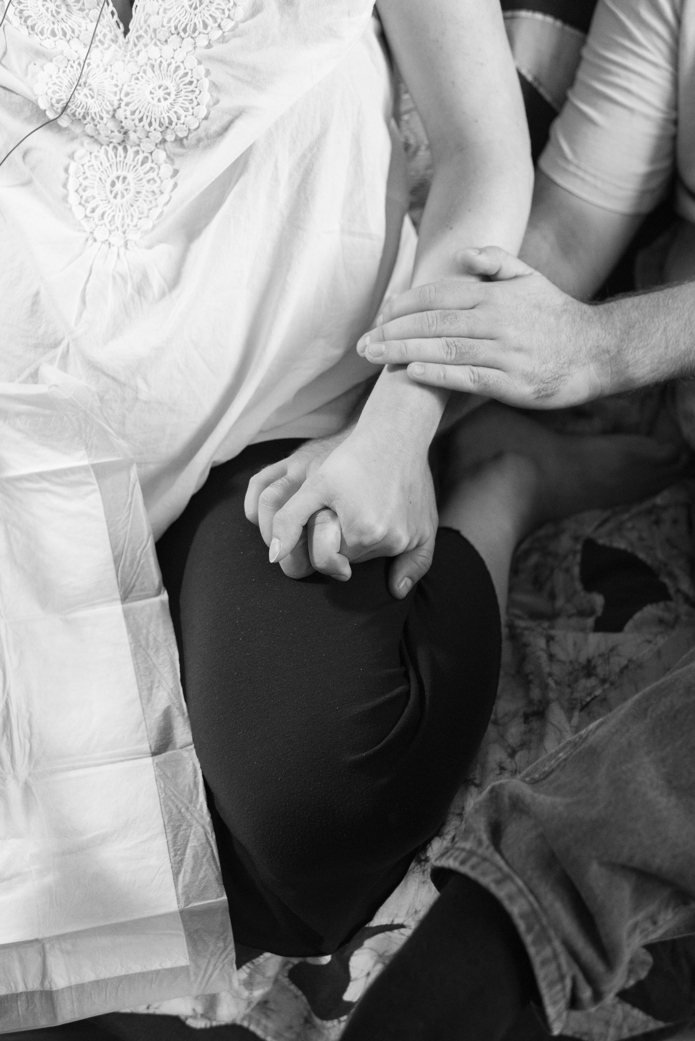 Kate Neale Photography.  Home birth.  Burnaby.  Birth Photography_.jpg