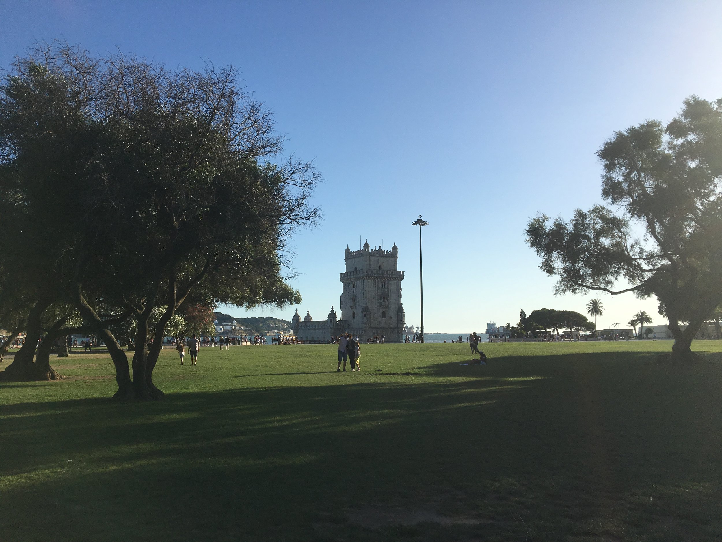 Torre de Belém :  Avenida Brasília - Belém, Lisboa 1400-038, Portugal