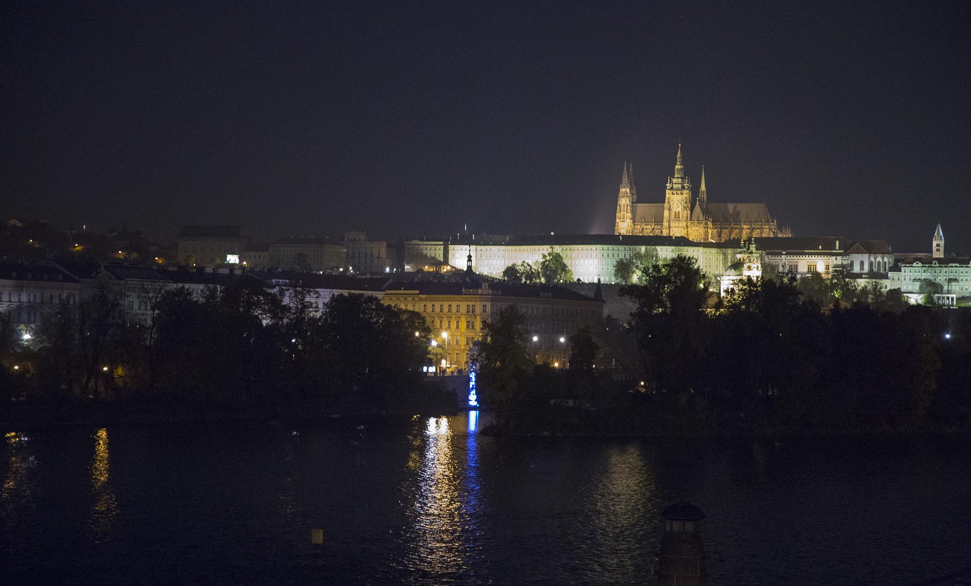 pratzky hrad.jpg