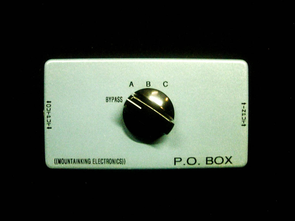 2nd generation of P.O.BOX with more clipping options.  Passive overdrive device.