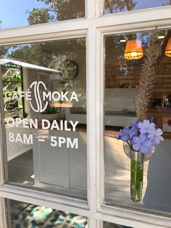 cafe-moka-islamorada-1.jpg