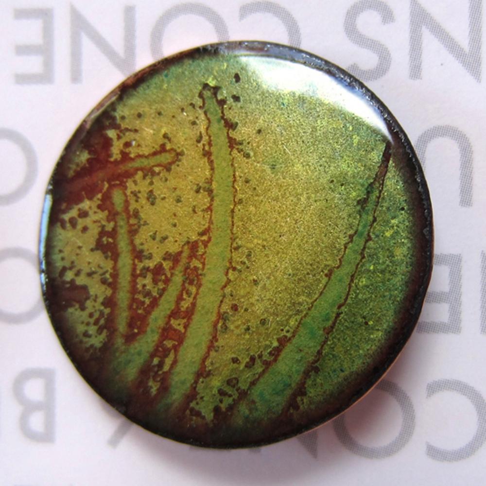 green enamel button2.jpg