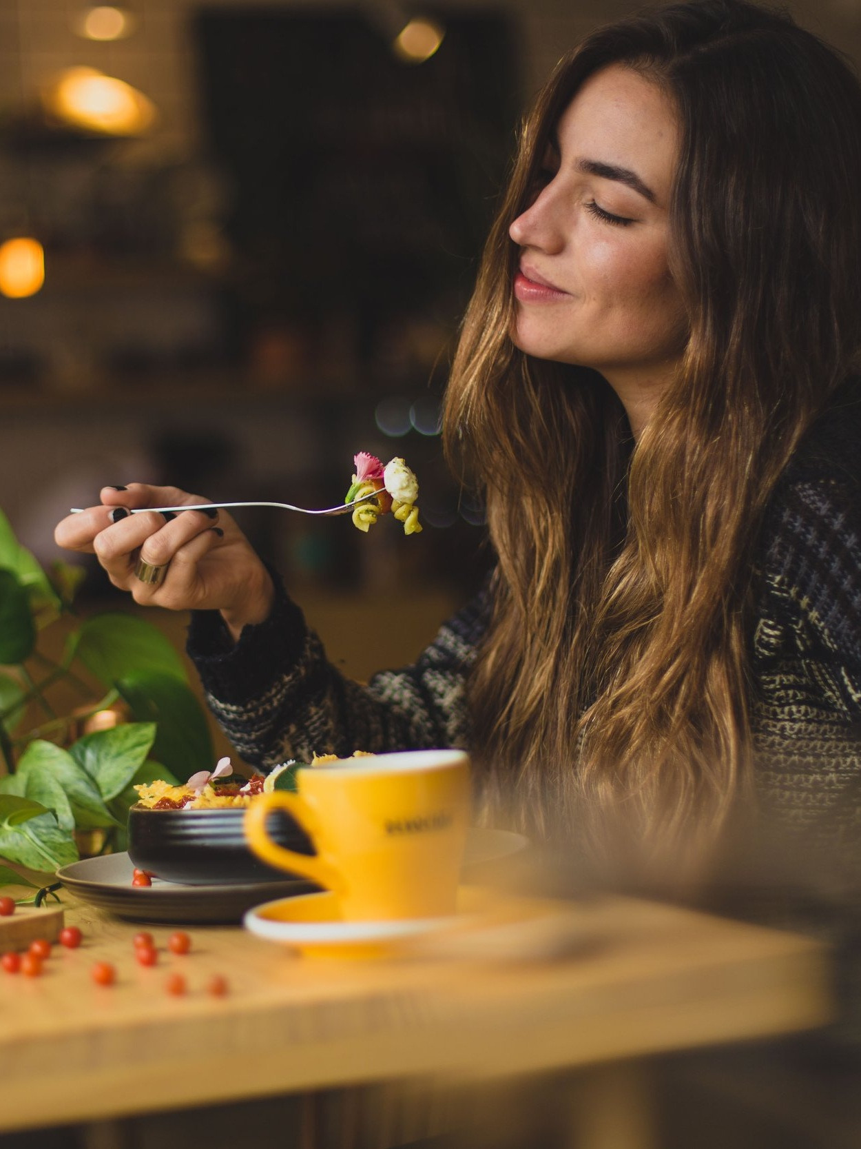 Why does eating smRt products make you feel good? - - They taste great and are the healthy option to what you already eat- They contain the health benefits of iodine and other essential minerals- They're a valuable source of protein, are high in fibre, gluten free and dairy free- They make it easy for you improve your nutrition