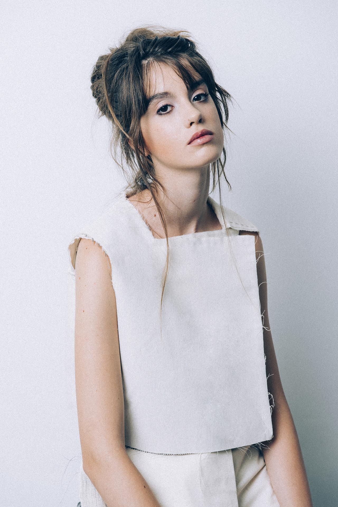IDENHEUGEN  Published On 06 October 2015   Photography  Beatriz Maldonad  Model  Mariana @BlowModels  MUAH  Yolanda Calatayud  Clothing & Style  Chelsea Van Den Berg