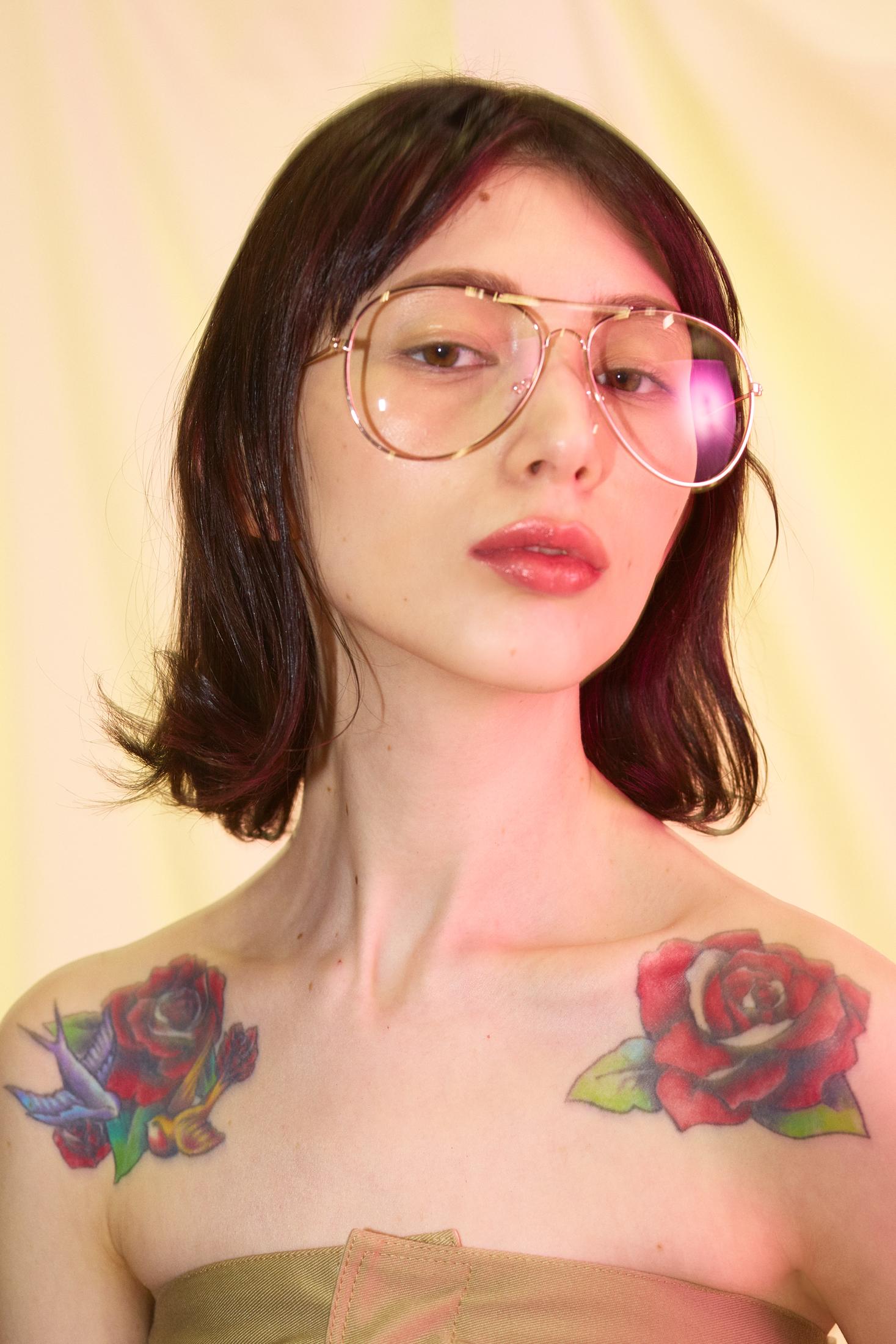[Inner Poise]  Published on 26 April 2016   Photographer  Toshinori Suzuki  Stylist  Chiaki Tanigawa  Hair & Make up  Seiko Harada  Photo assistant  Syota Kashiwai  Model  Disha at Wizard models