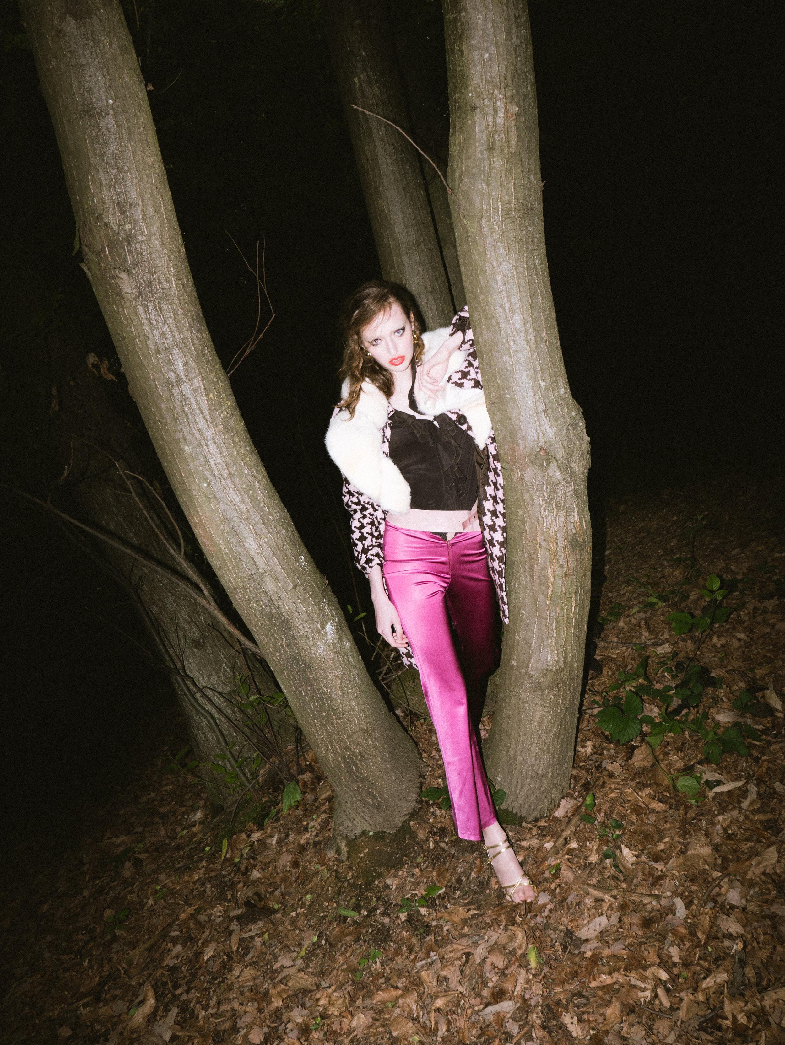 sami oliver nakari_dark woods_10.jpg