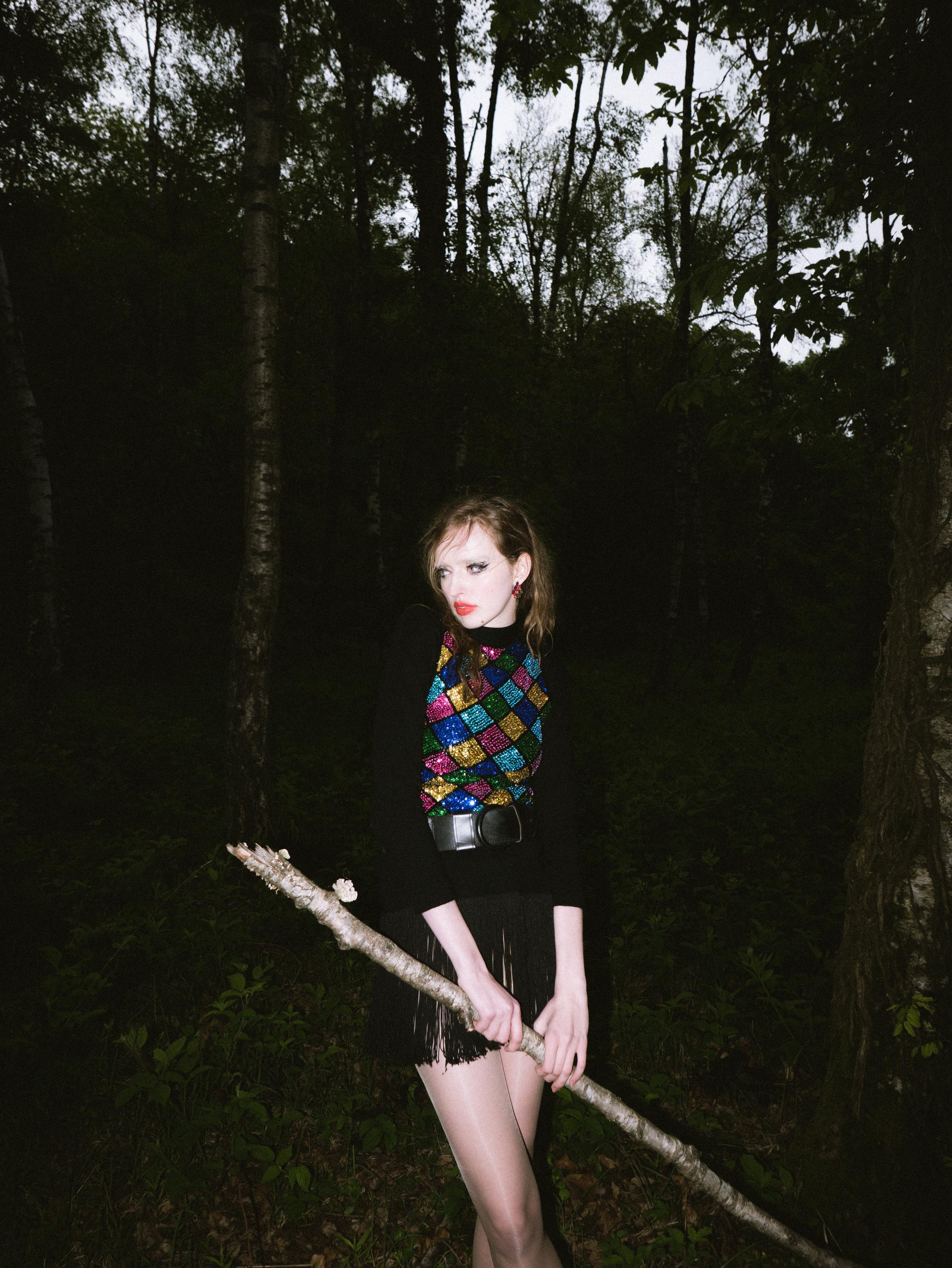 sami oliver nakari_dark woods_06.jpg