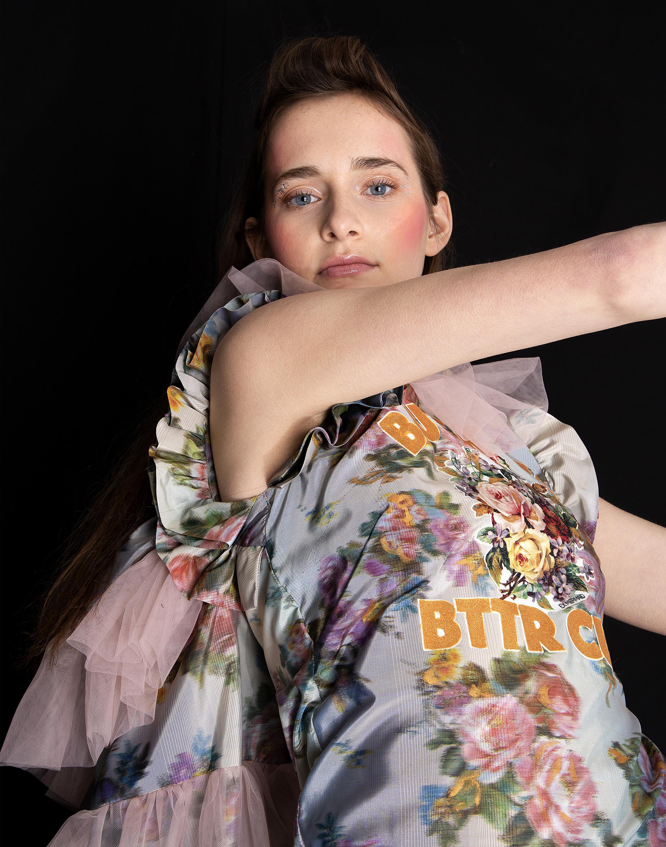 Kitsch Princess   Published on 11 March 2019   Photography + Art Direction  by Jae Eun Seok @jaeoninsta   Stylist  Maki Maruko @maruko_maki   MakeUp + Hair  by Ta Ming Chen @tamingchen   Model  Paige Hurle @paige_hurle @statemgmt