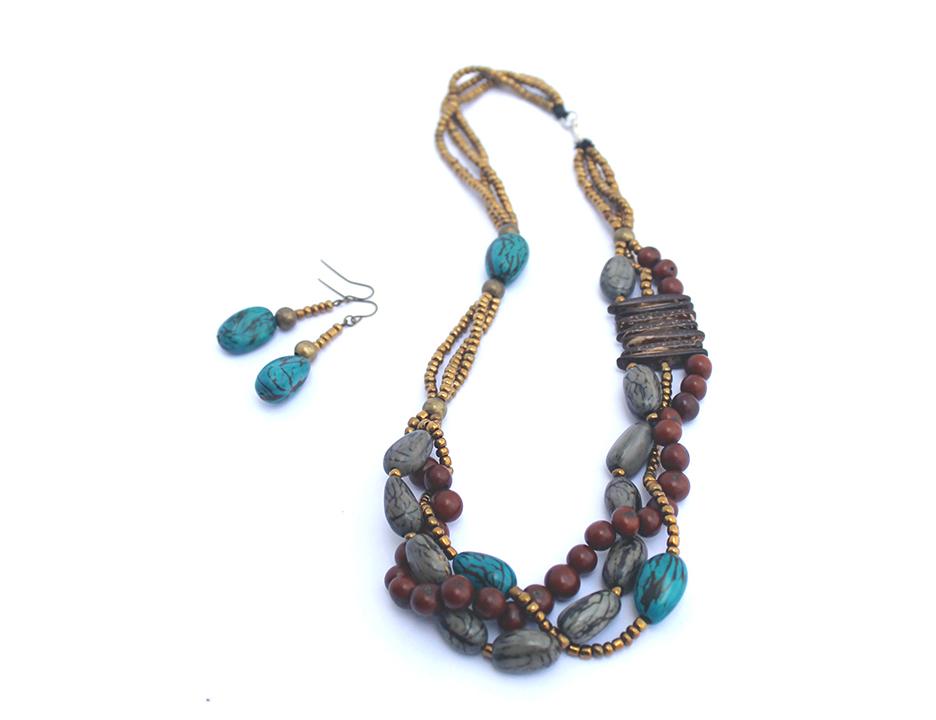turquoise tagoa braid E.jpg