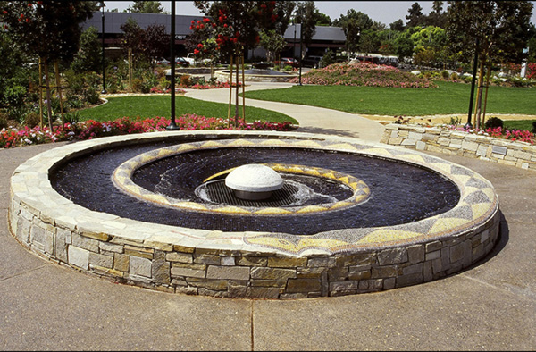 Santa_Fe_Springs_fountain.jpg