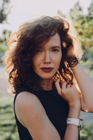 adolescent-beautiful-curly-hair-1035657.jpg