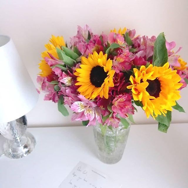 #thankyou 🌻🌺 #플라워스타그램 #flowers #flowerstagram