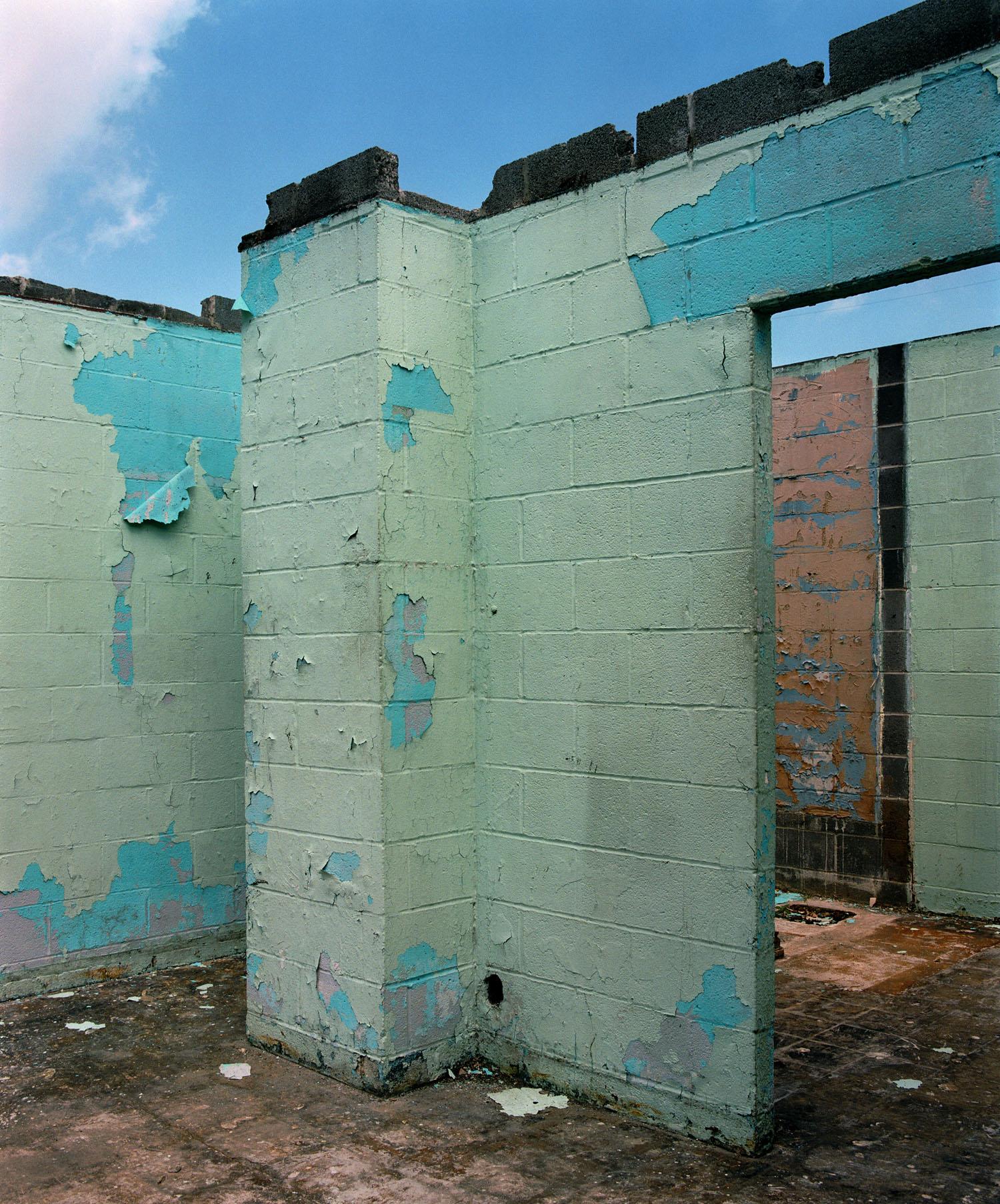 Block Wall (2004)