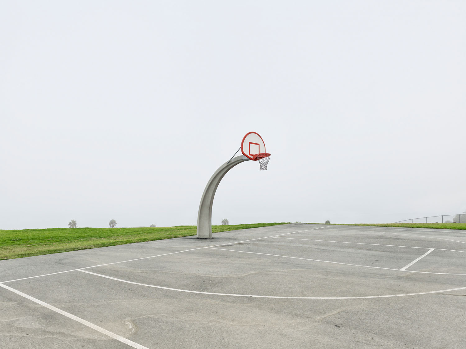Hoop by the Sea, California © Matt Portch