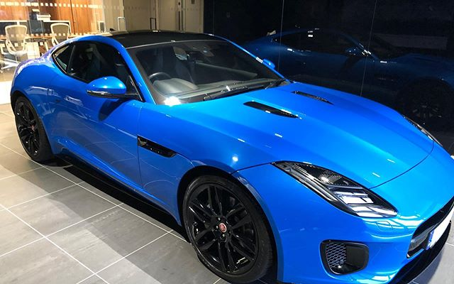 Saturday was new car day :) Jaguar F-Type..... wow...just...wow @rybrookjaguar . . . . . #jaguar #ftype #ultrablue #newcarday #rybrookjaguar #sportscar #cars #car #carsofinstagram