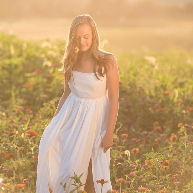 More photos from my shoot with @elizabeth.boger What fun we had dancing in the meadows! # # # # #seniorphotoshoot #wildflowers #sunflower #goldenhour #toldwithexposure #amazingphotoshoot #beautiful #portraitphotographer #naturallightportrait #makeportraits #ncphotographer #triadlifestylephotographer #lovephotoshoot #photooftheweek