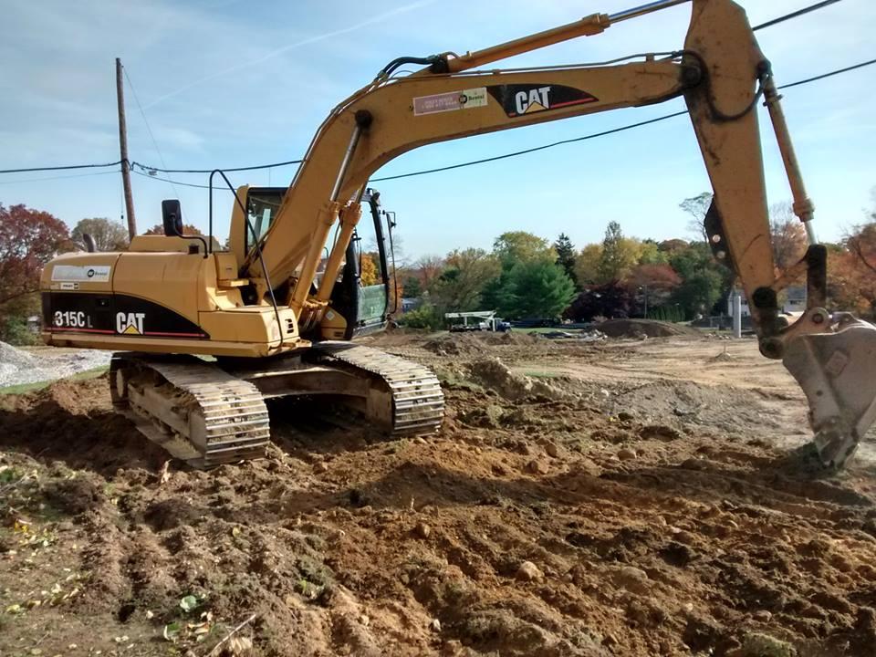 Turco-cat-excavator.jpg