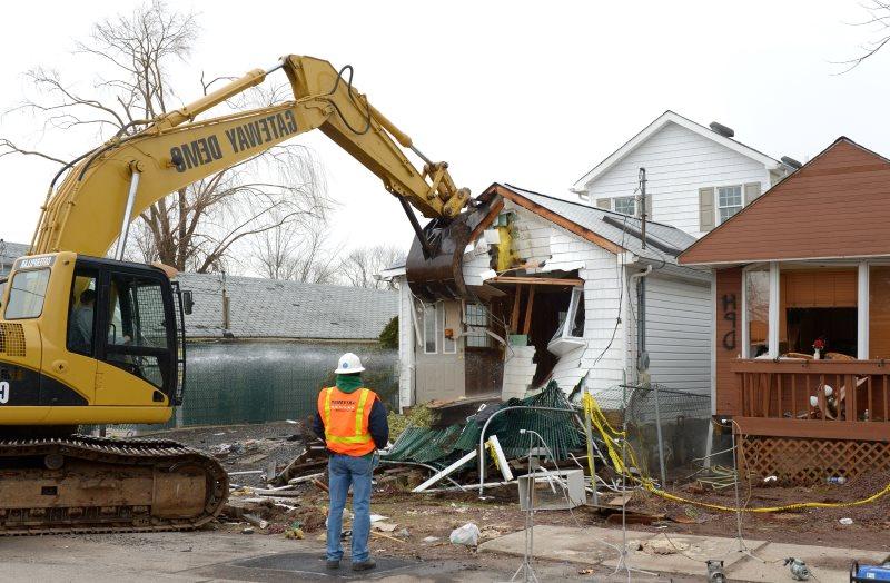 demolition-03.jpg
