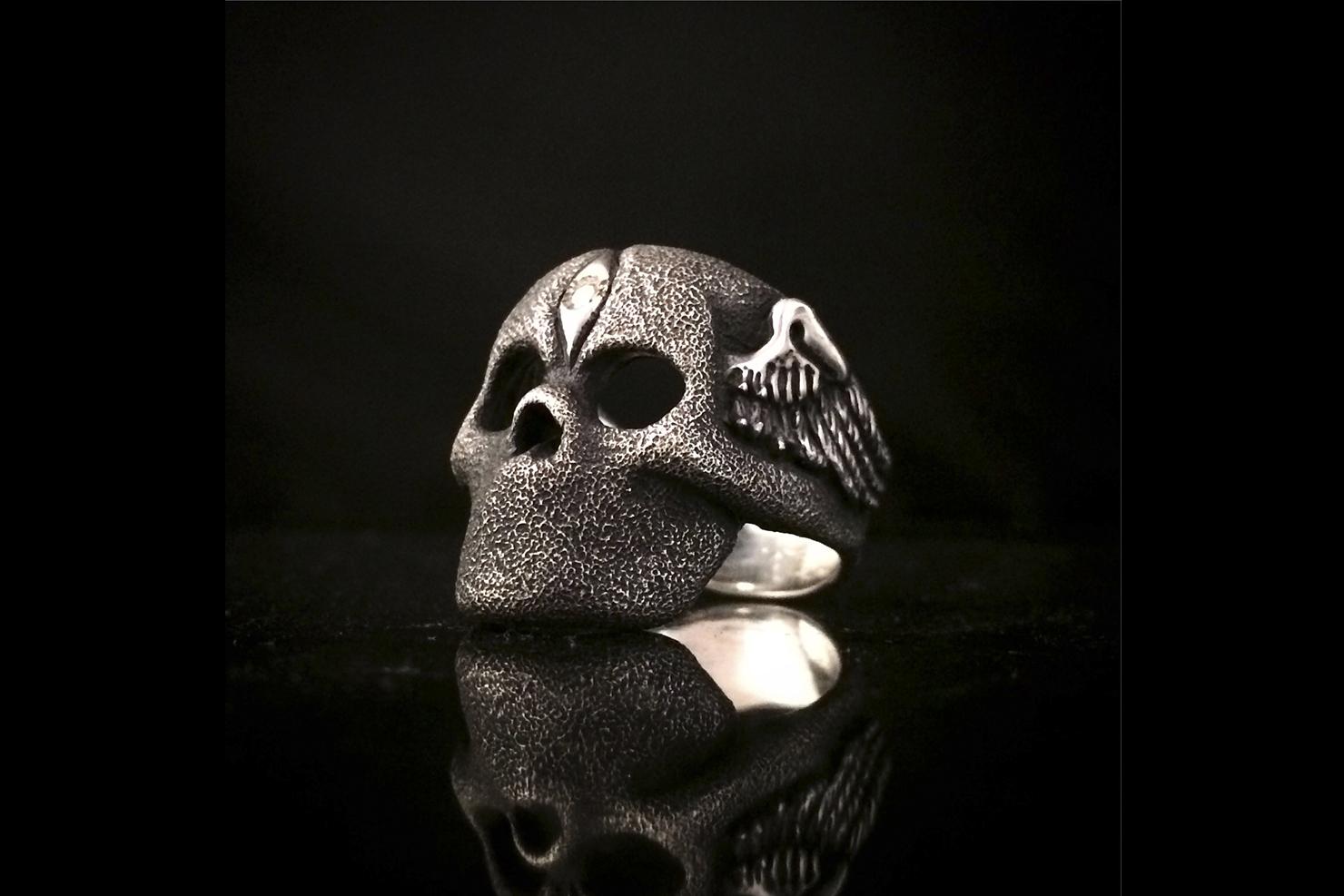 mouthless skull.jpg