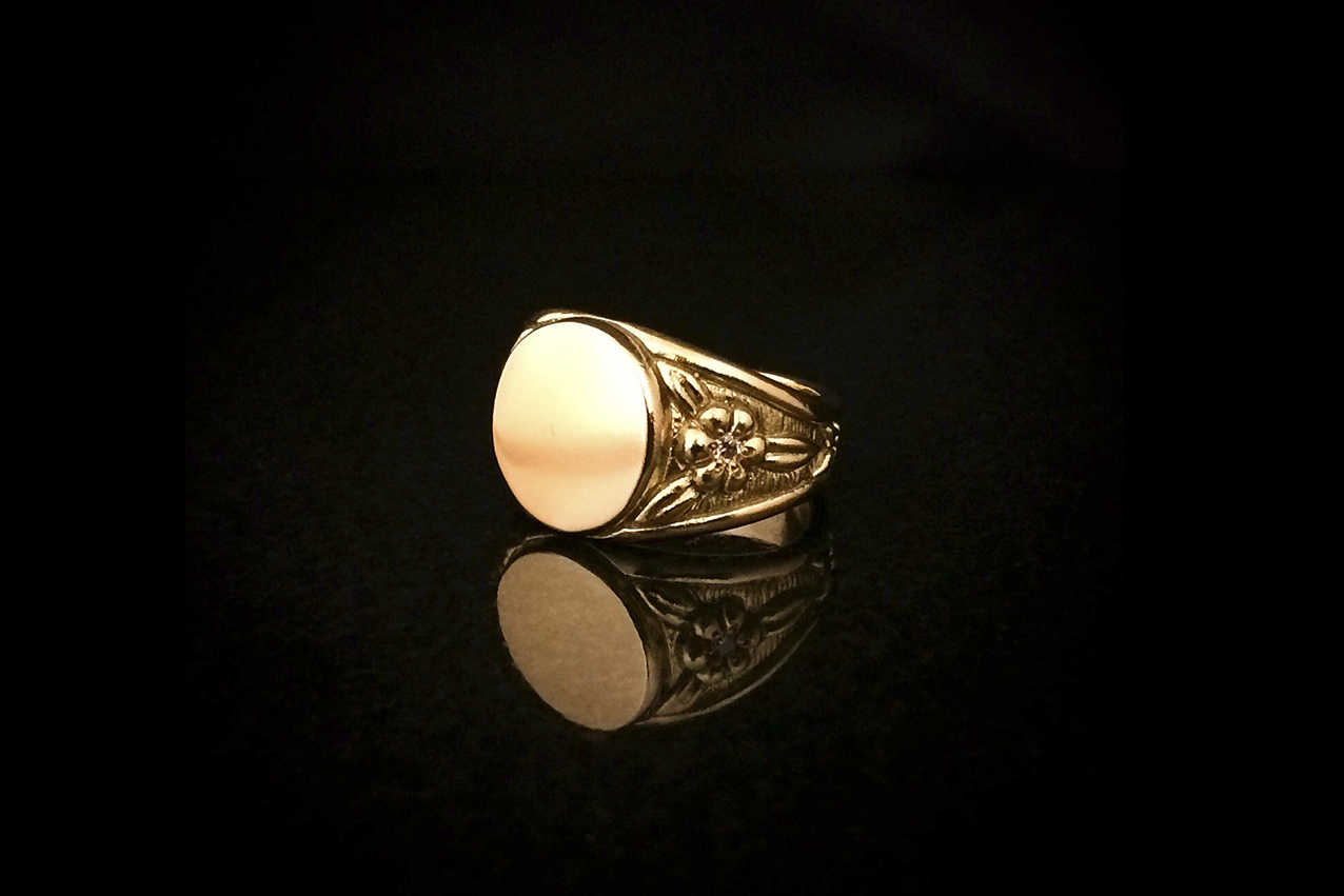 blank gold signet ring.jpg