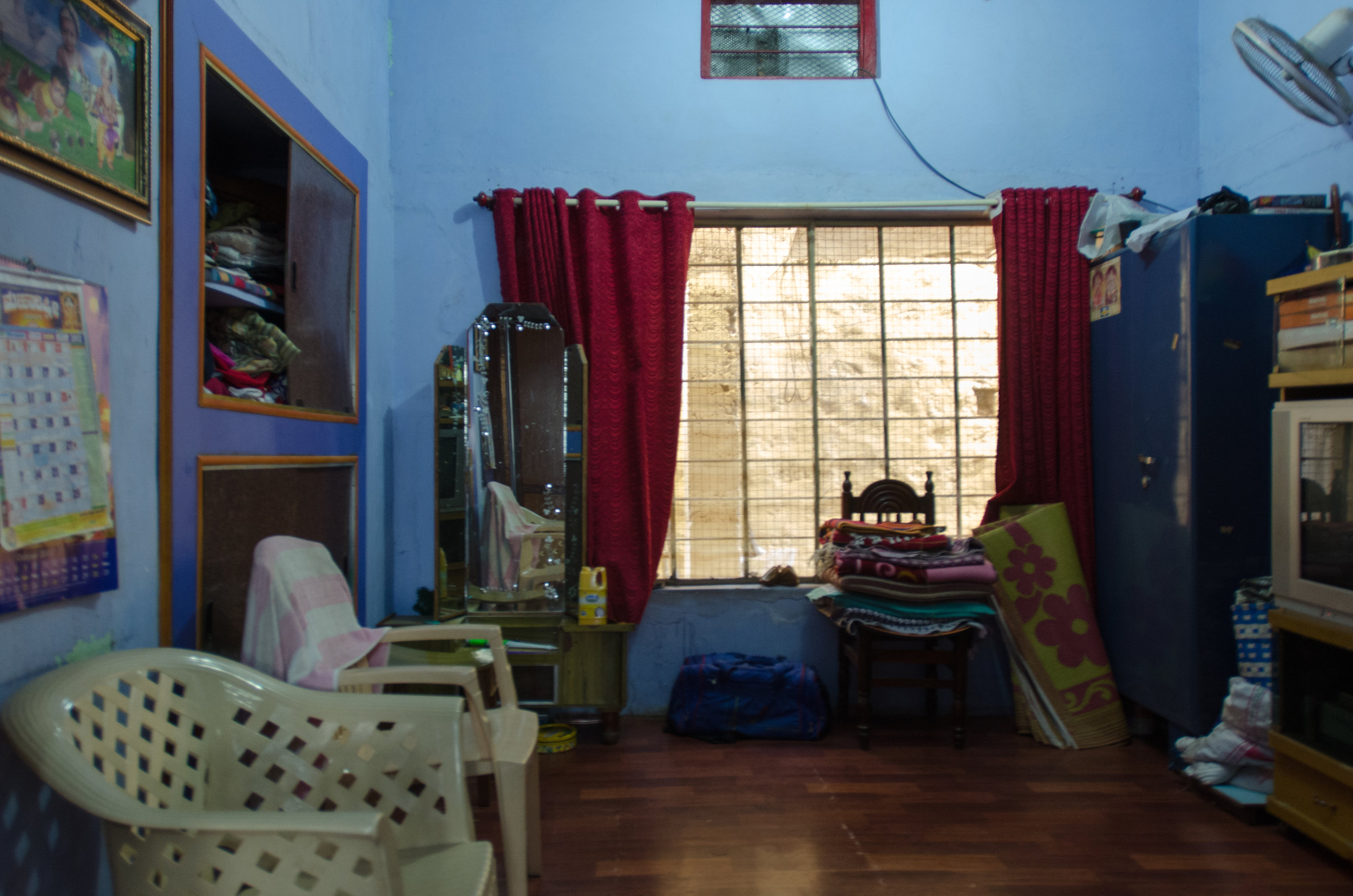 Day 111 where we slept livingroom -1.jpg
