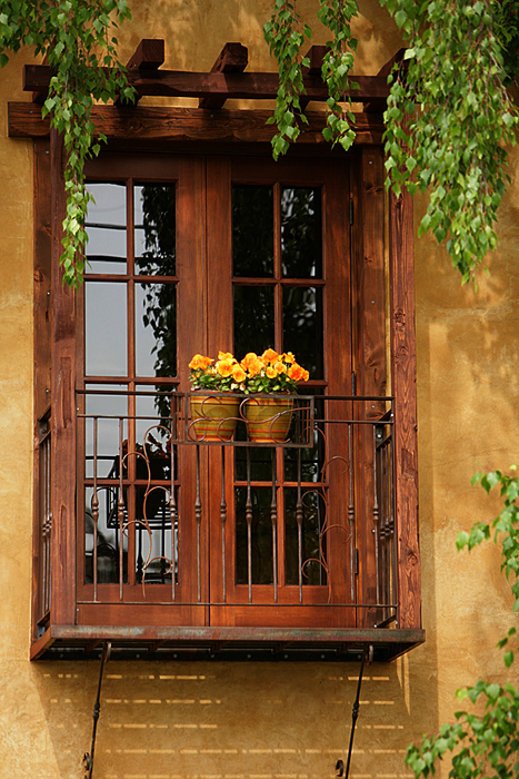 009 Balcony.jpg