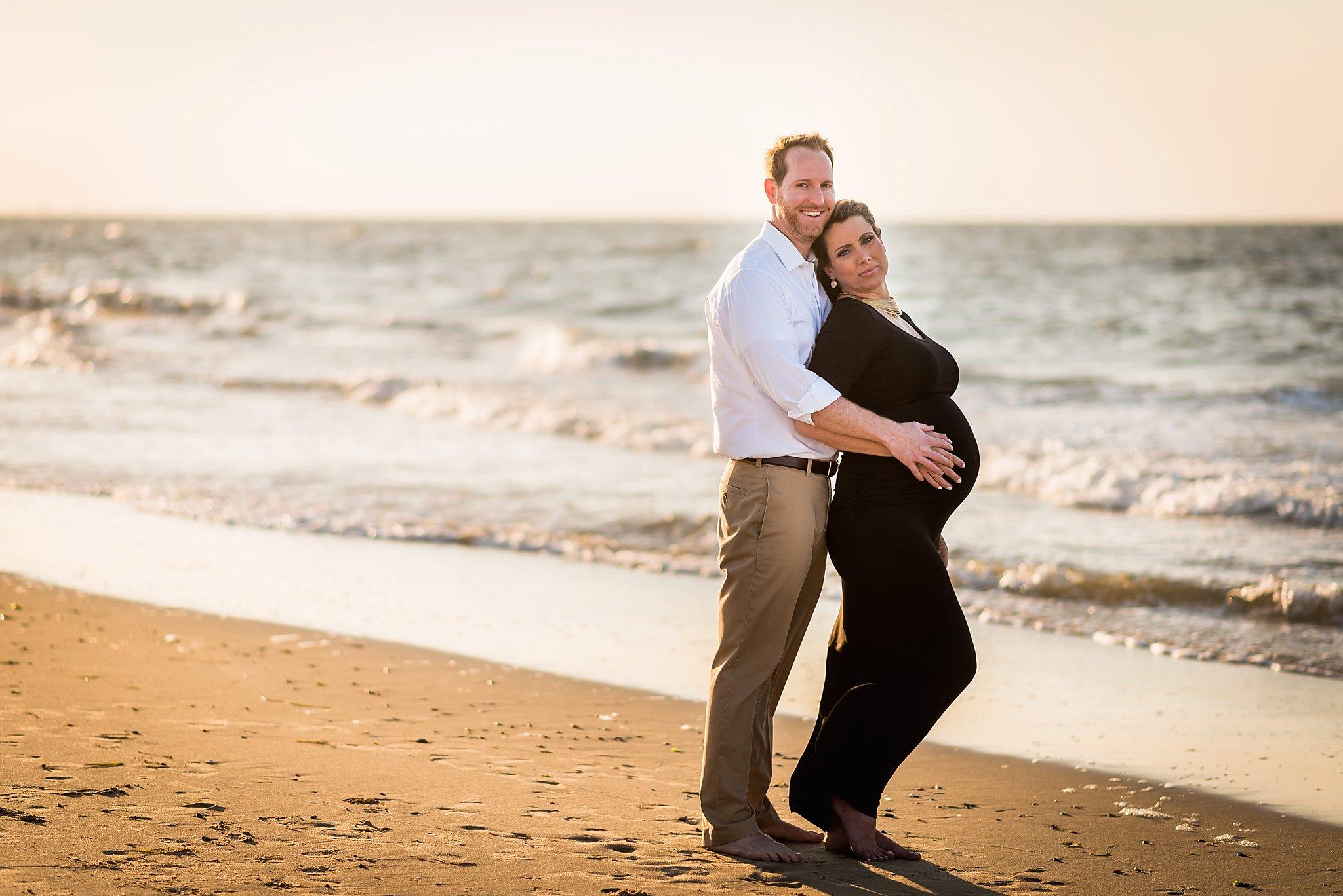 Beach Maternity - Lindsay-2.jpg