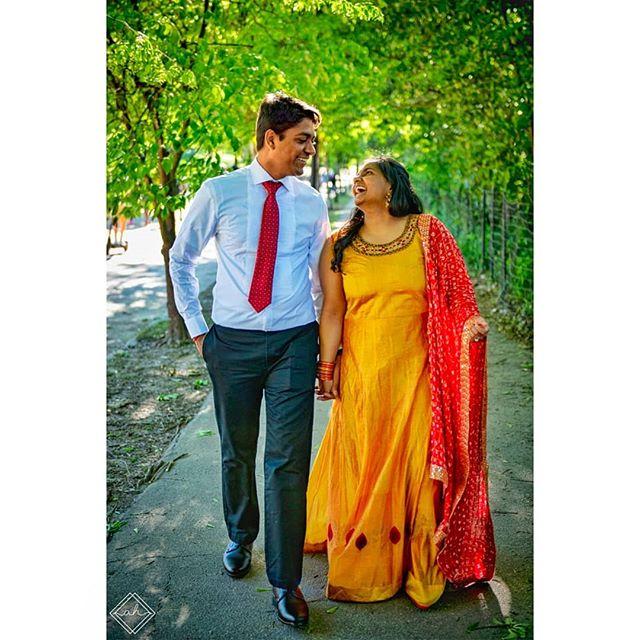 Dilwale Dulhania Leh Jayenge 💍💘 • • • #engagementphotos #piedmontpark #atlanta #indian #bollywood #ddlj #indianwedding #atlantaindianwedding #M&M #photography #videography #nikon #AHMP