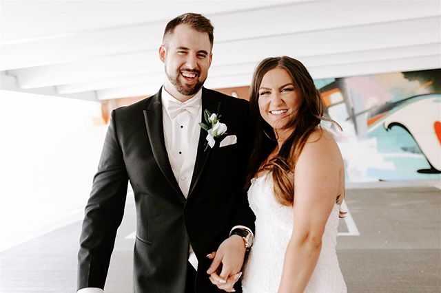 How beautiful are my sister and my new brother-in-law as a freshly married couple!!! 😭😍 Some photographers wont work for family because things can get messy but I loved every second of photographing their day. Sitting at the airport now to head home to Vegas and I already miss them and my cute niece, but I'm looking forward to my kitties welcoming me home in a few hours! 😻