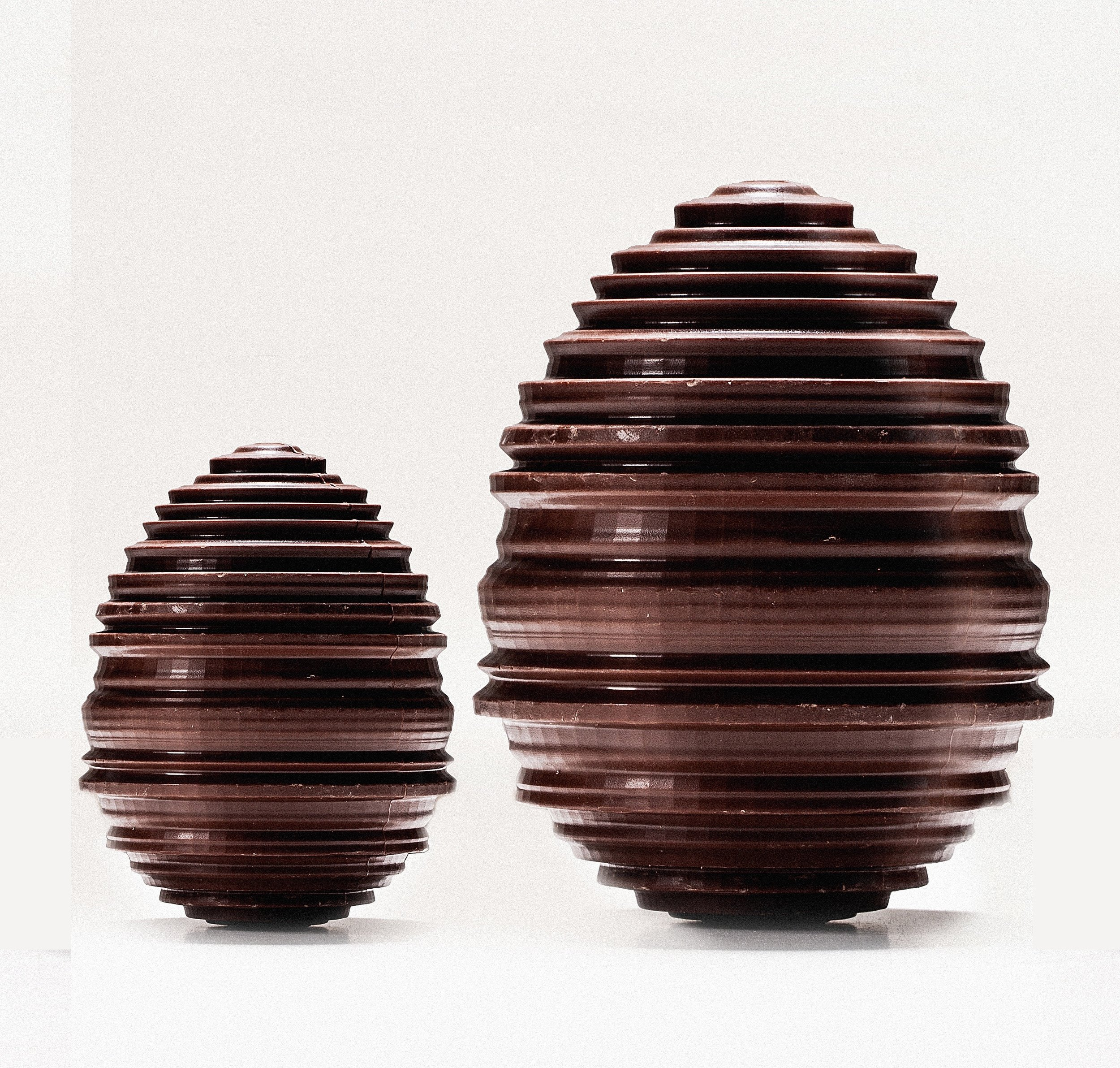 Manufacture de chocolat Alain Ducasse - Oeufs tournés (c)Pierre Monetta.jpg