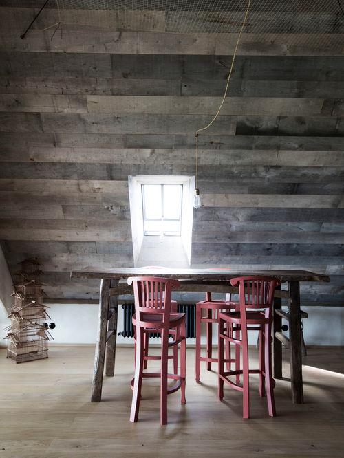 1611d6fe07e3da9b_0444-w500-h666-b0-p0--beach-style-indoor-pub-and-bistro-tables.jpg