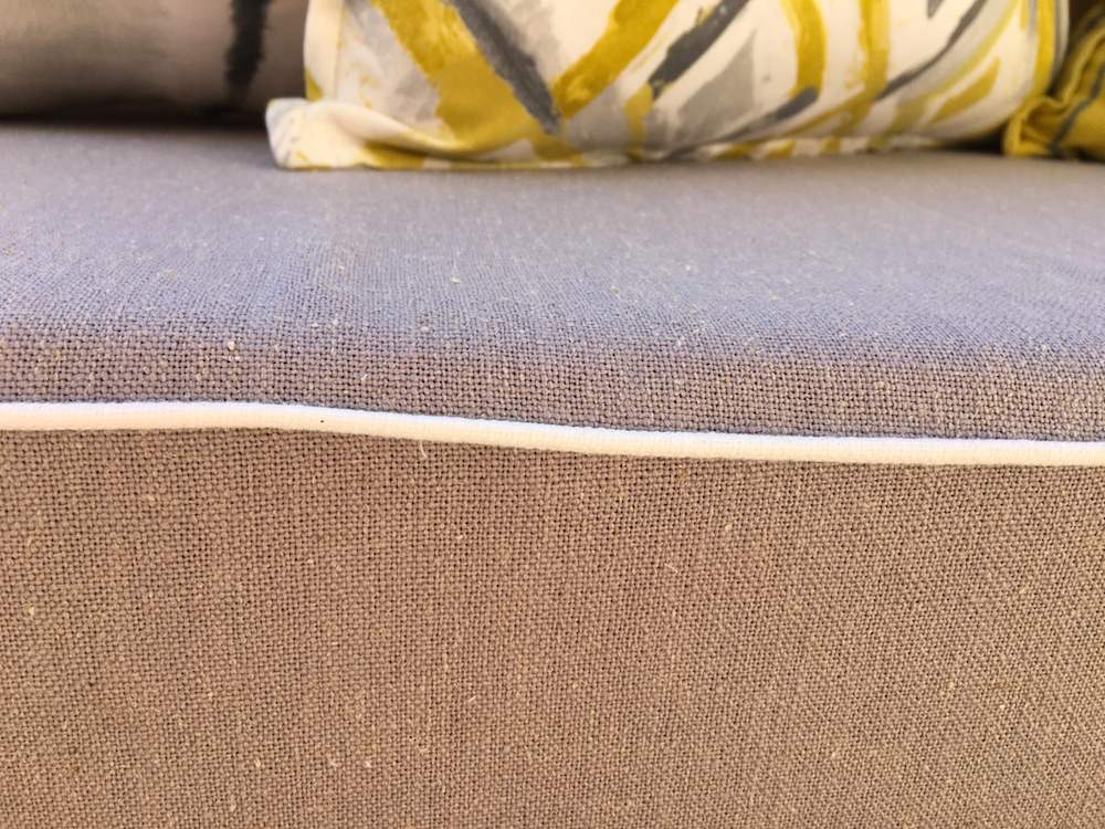 """""""Lino Plaster"""" from the Simplicity Collection gives a linen-like texture at an affordable price point."""
