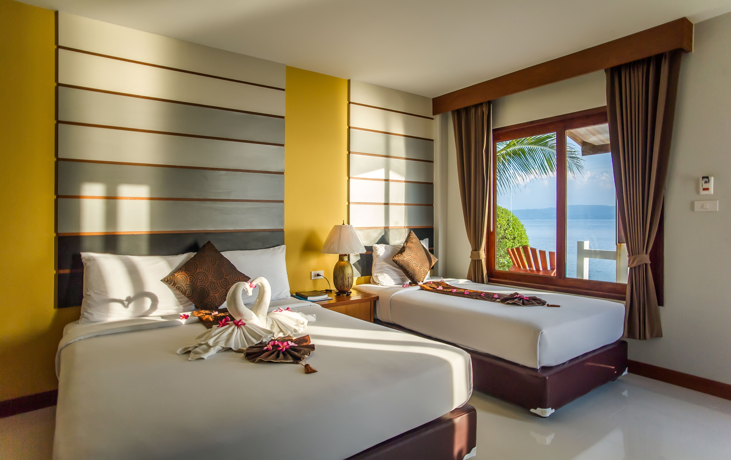 The Neptune's Villa is located on Had Rin Nai, the quiet and serene sunset beach on the southern side of Had Rin town. This side of Had Rin is well known for its peace and tranquility, with Neptune's Villa right in the heart of the village that borders this beach.
