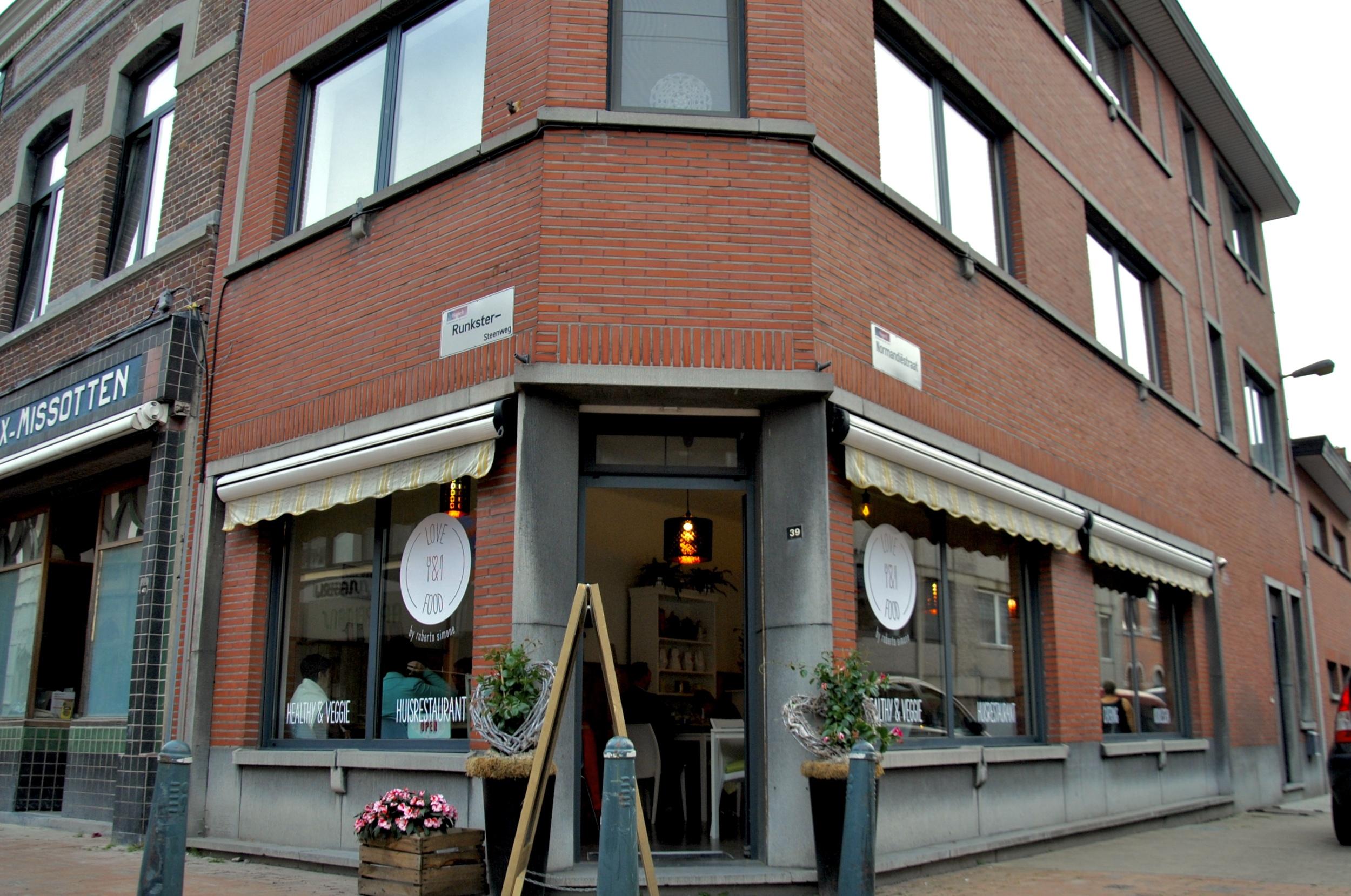 roberto-love-and-food-restaurant