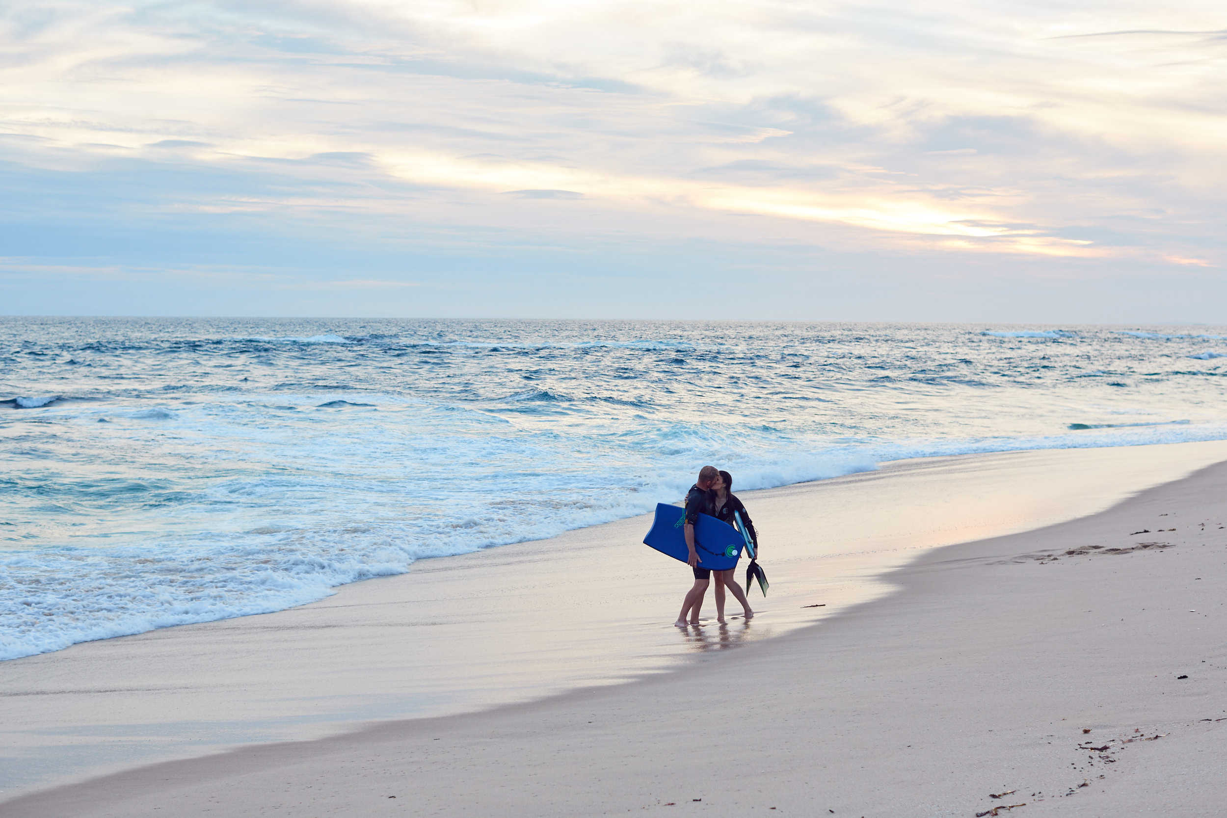 LOST IN LOVE PHOTOGRAPHY Mornington Peninsula Beach Engagement photo session