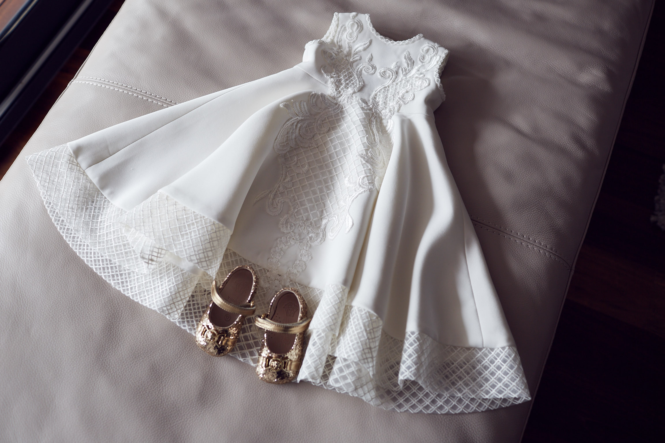 Stones-wedding-photos - Versace shoes & Oglia Loro couture flower girl dress