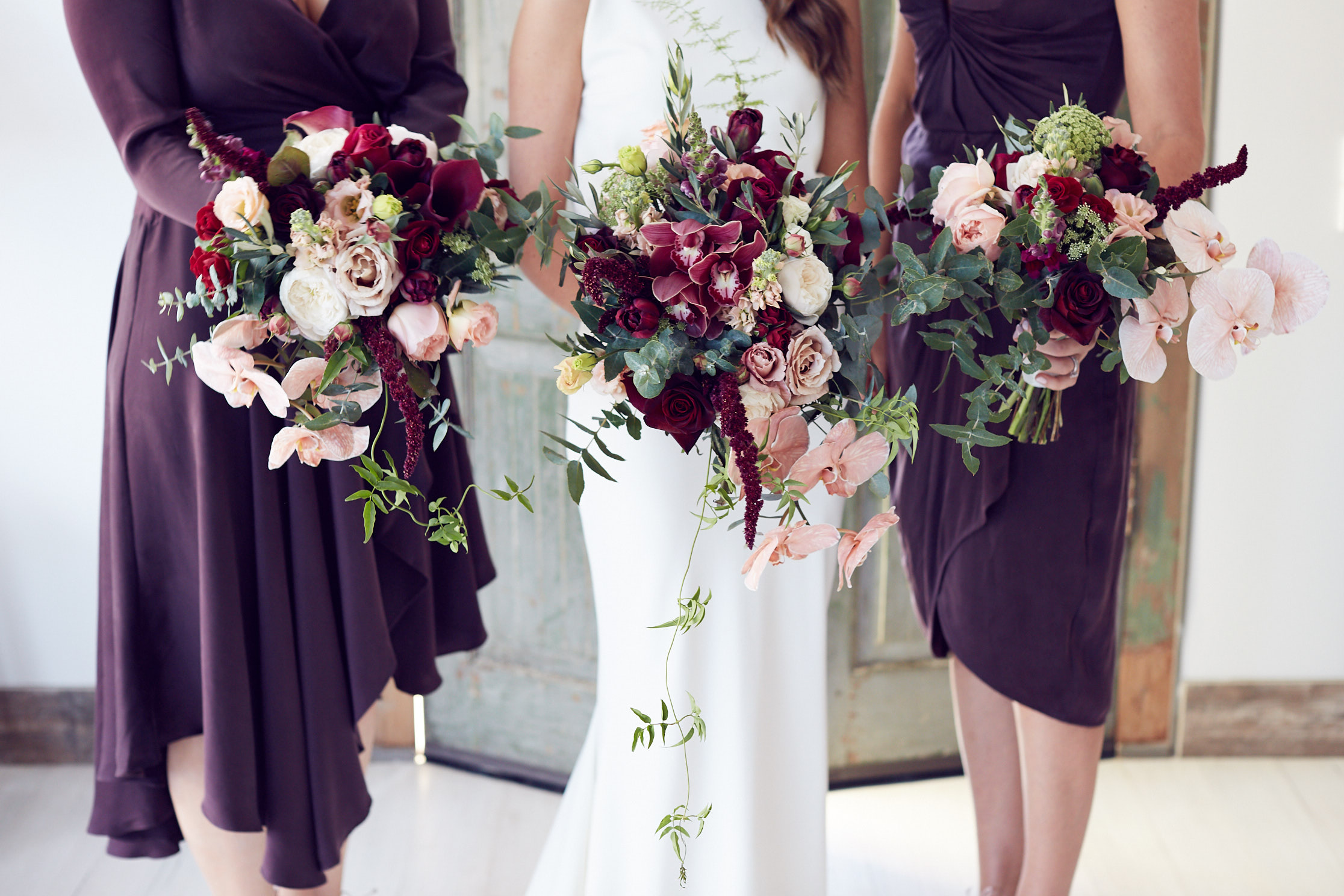 stones of the yarra valley wedding photo sugarbee flowers by lost in love
