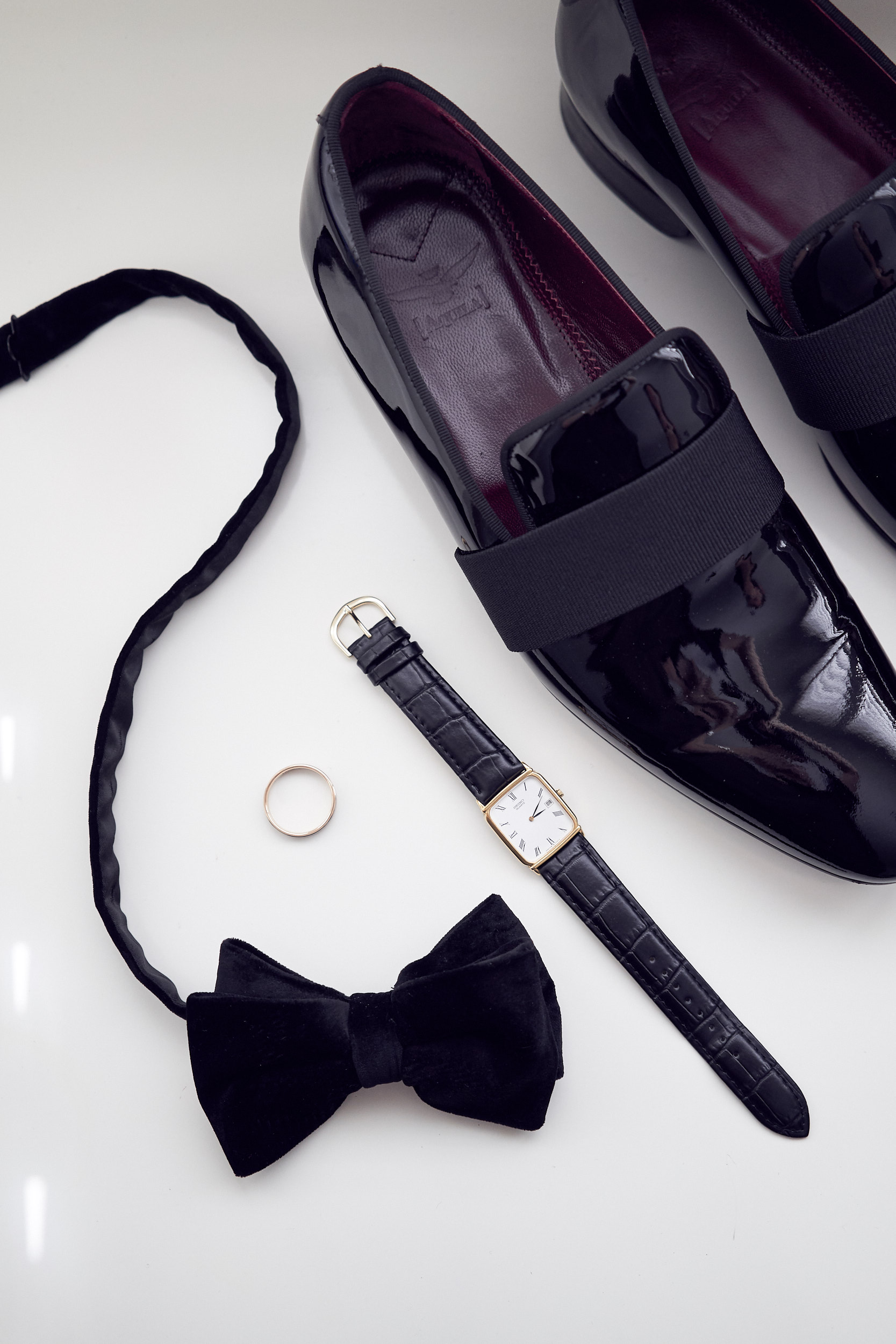 Grooms accessories by Lost In Love Photography