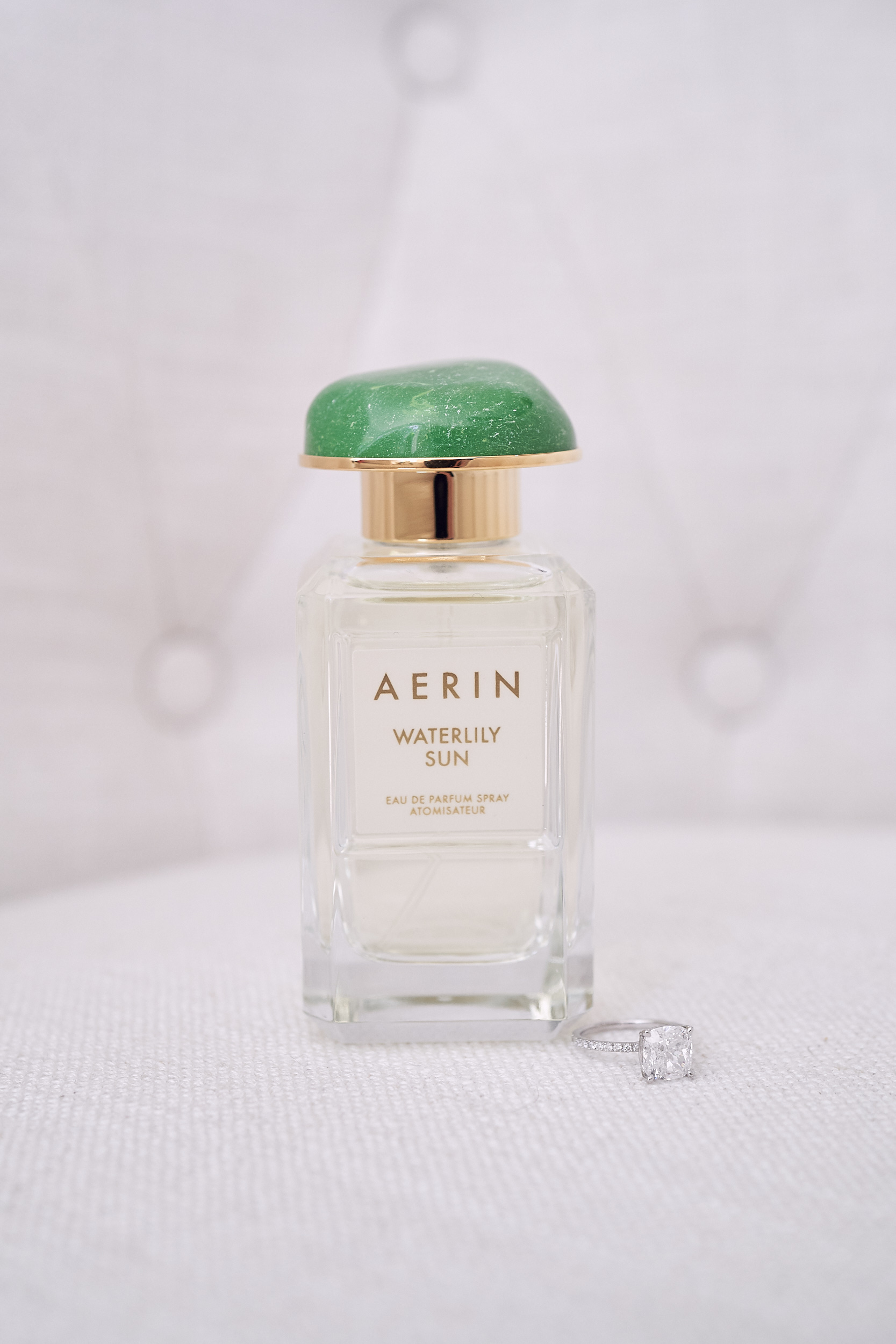 Melbourne Botanical garden wedding. Aerin waterlily parfum. Los tIn Love Photography