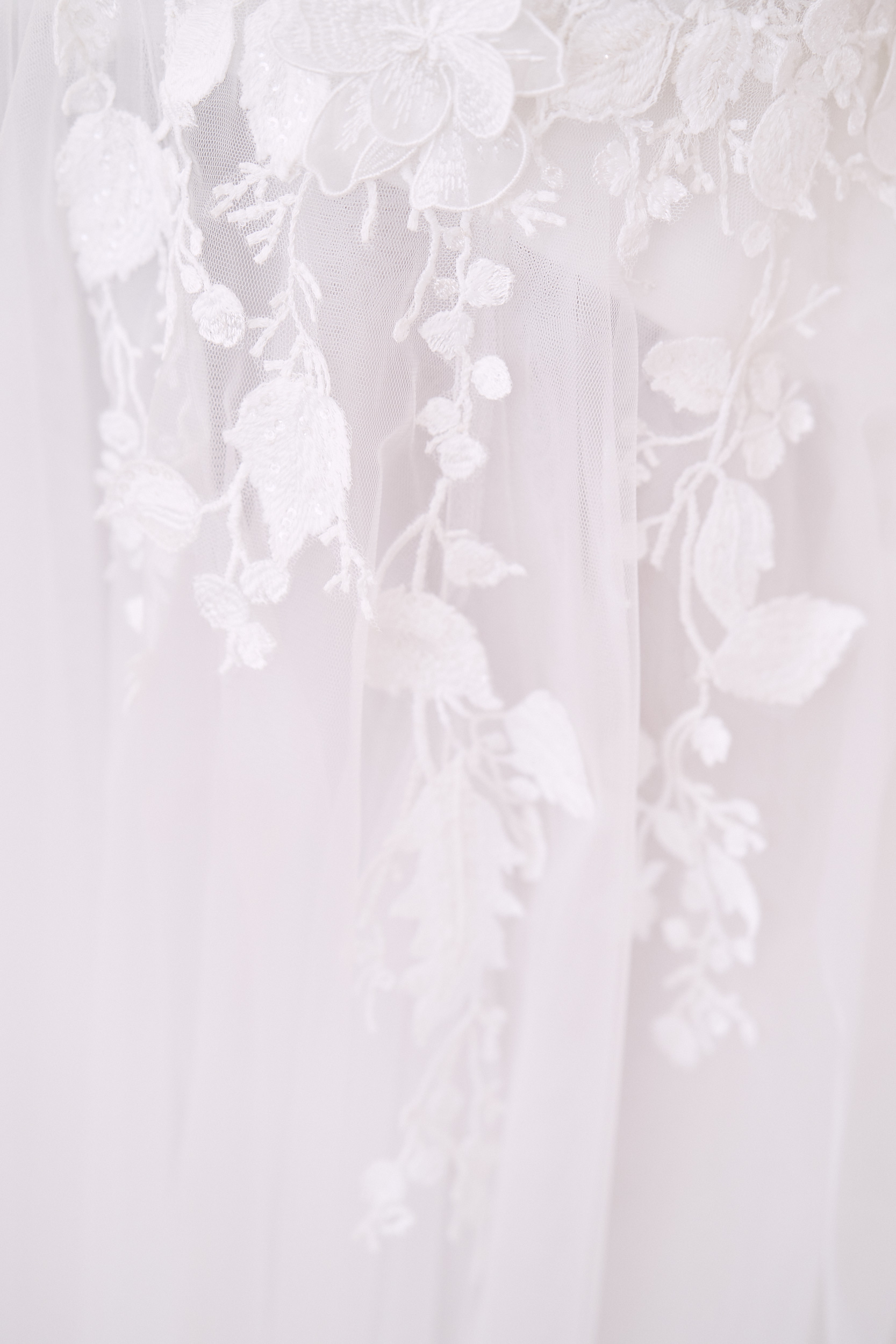 Melbourne Botanical garden wedding. wedding dress detail. Lost In Love Photography