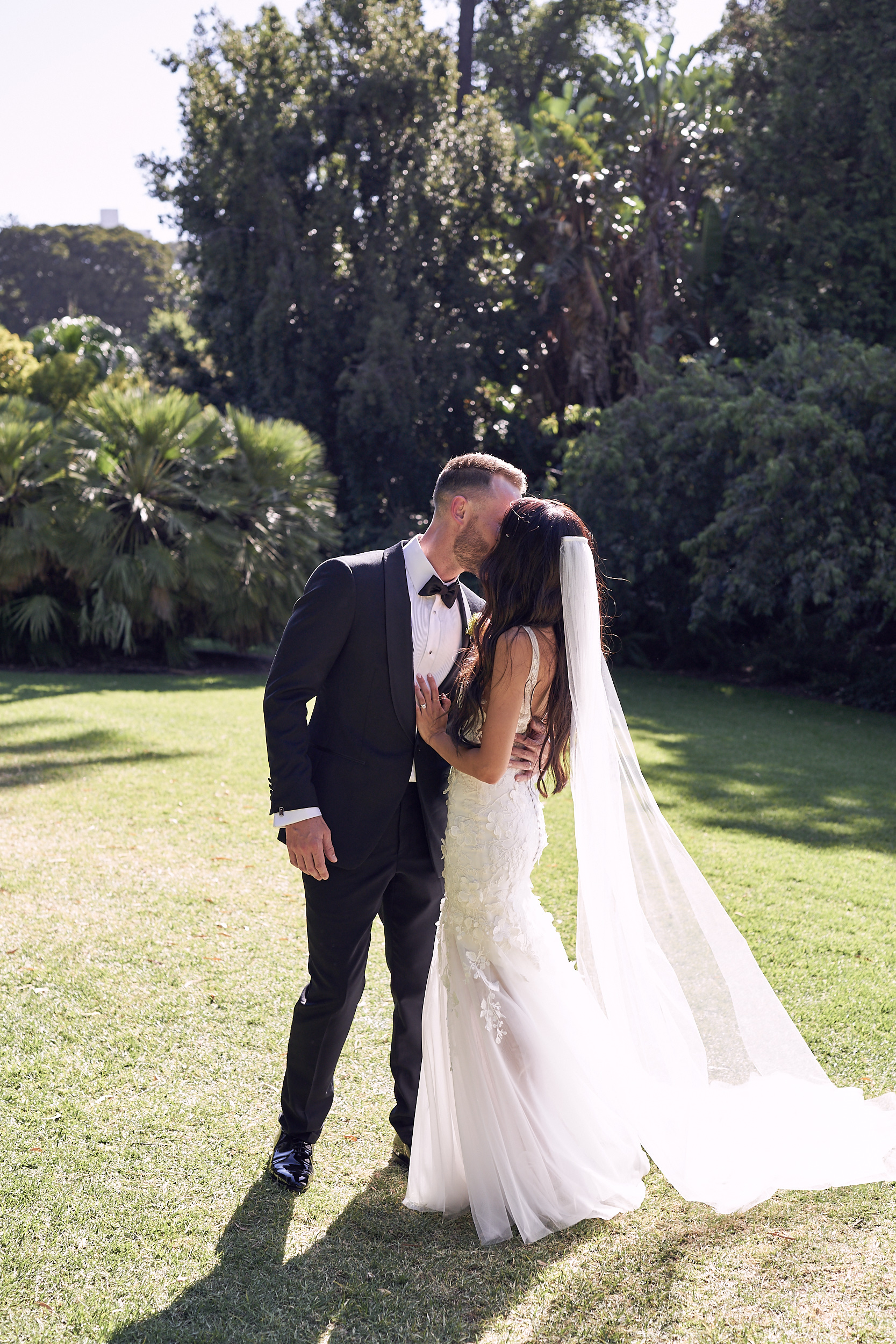 Melbourne Botanical garden wedding bride and groom by Lost In Love Photography
