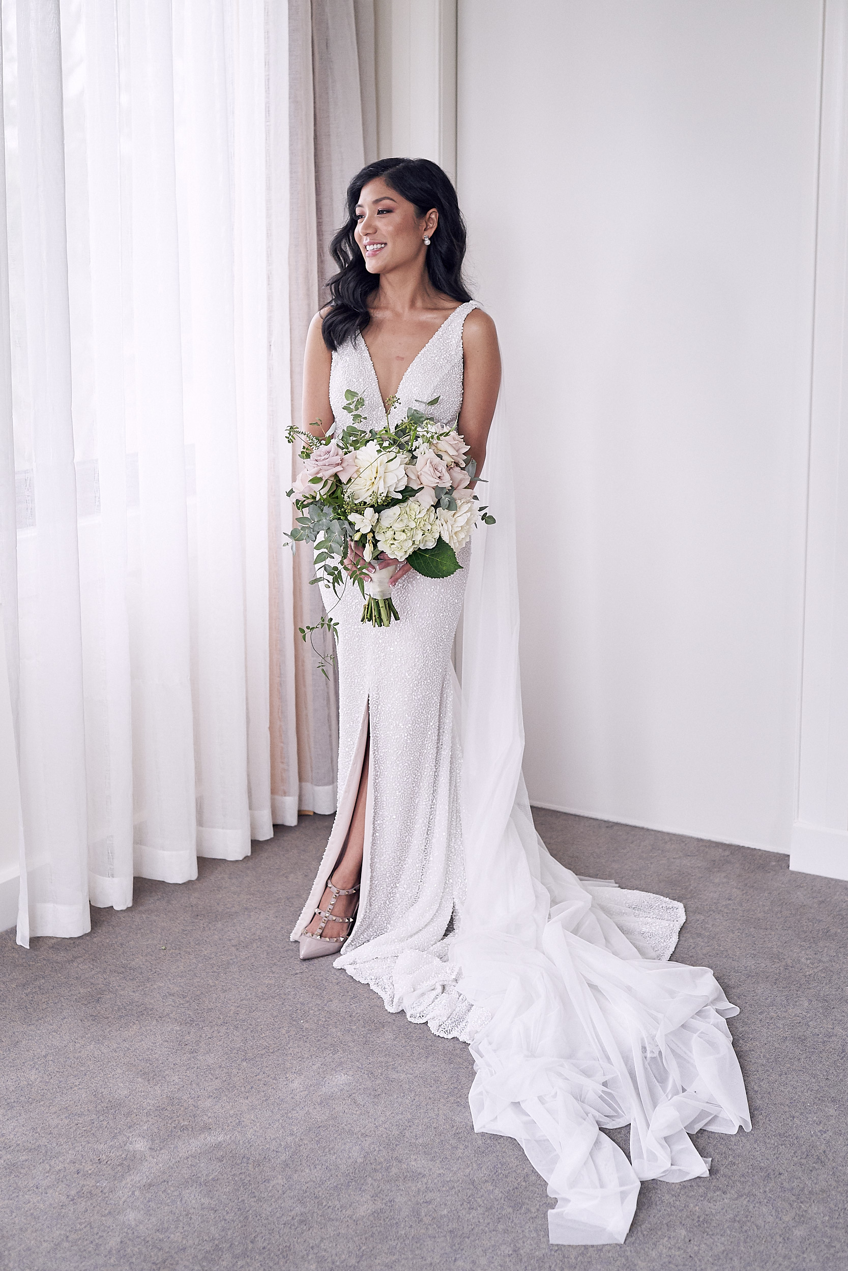 simple wedding dress by Mariana Hardwick
