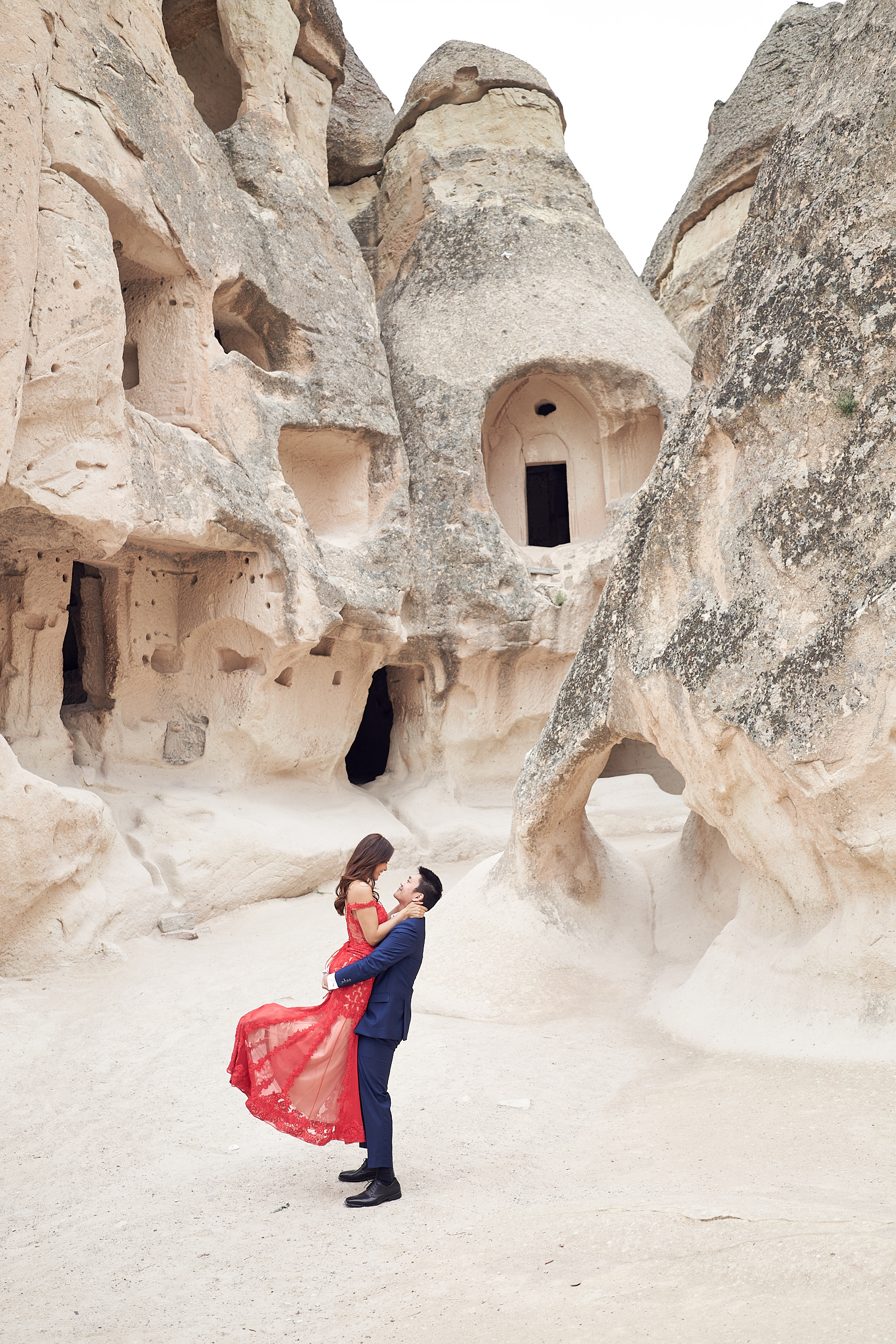 Cappadocia elopement photos by Lost In Love Photography