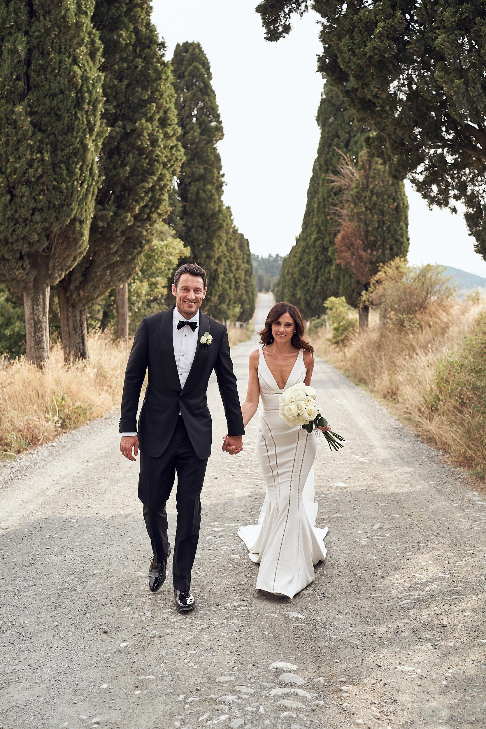 LR_JandA_Tuscanywedding_lostinlove 42.jpg
