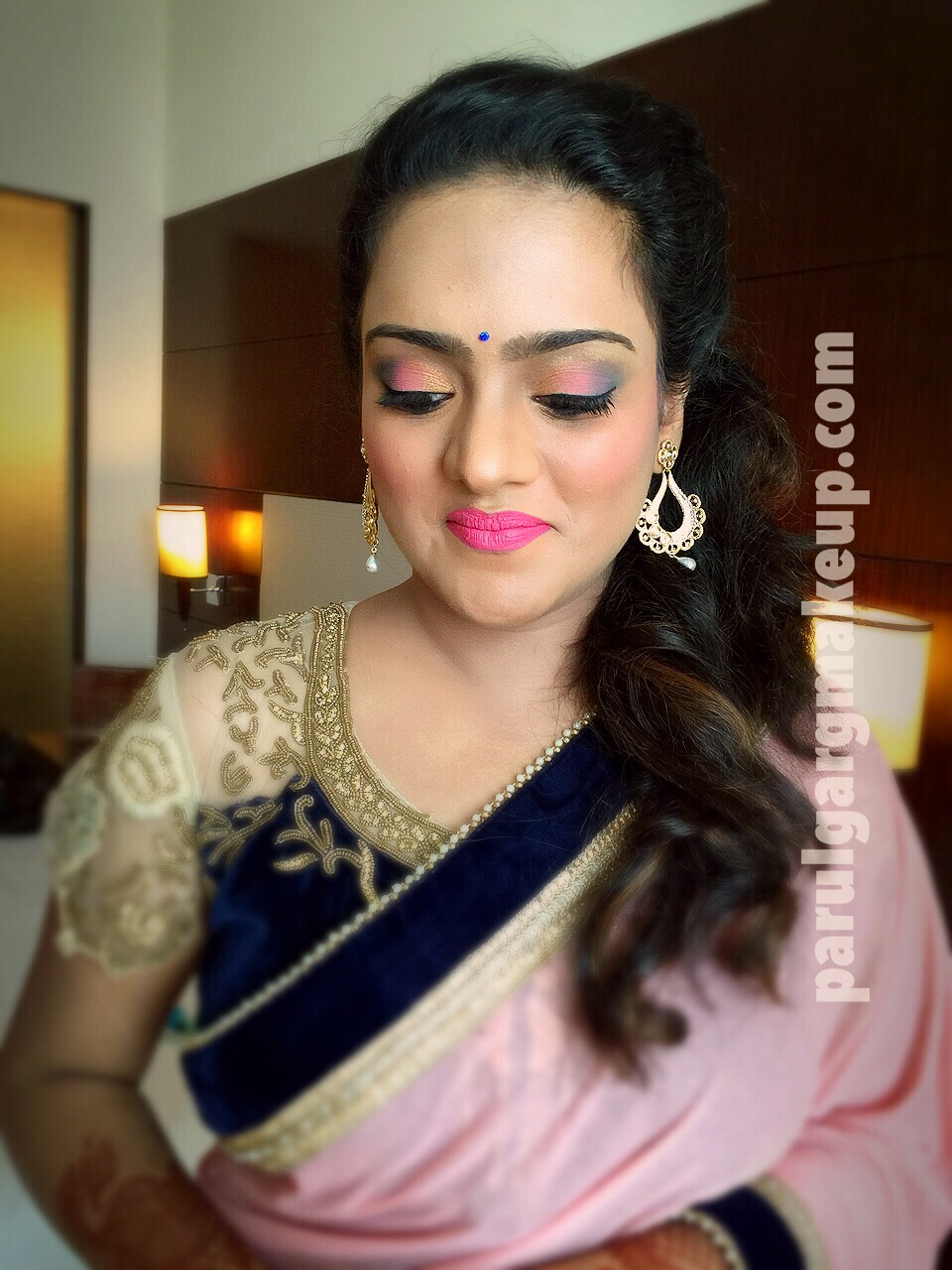 Elegant Non Glittery Airbrush Party Makeup by Parul Garg