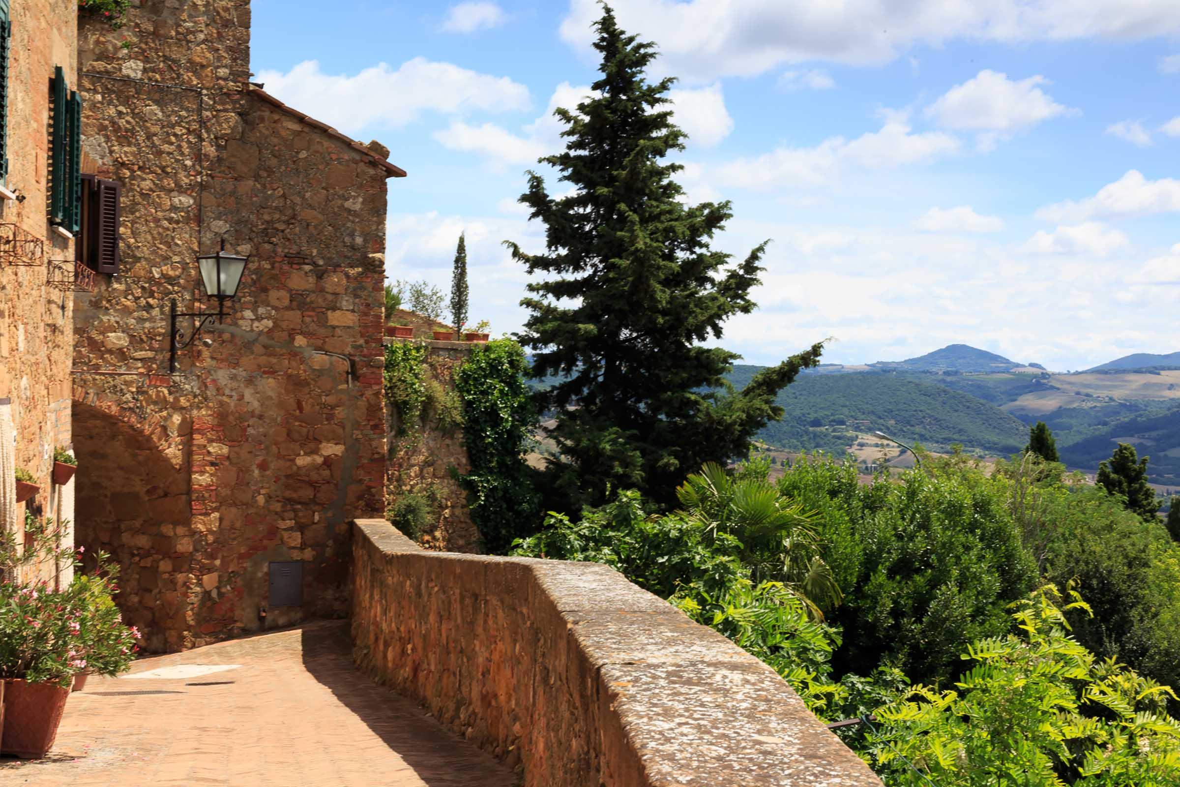 ancient-cortona-tuscany.jpg