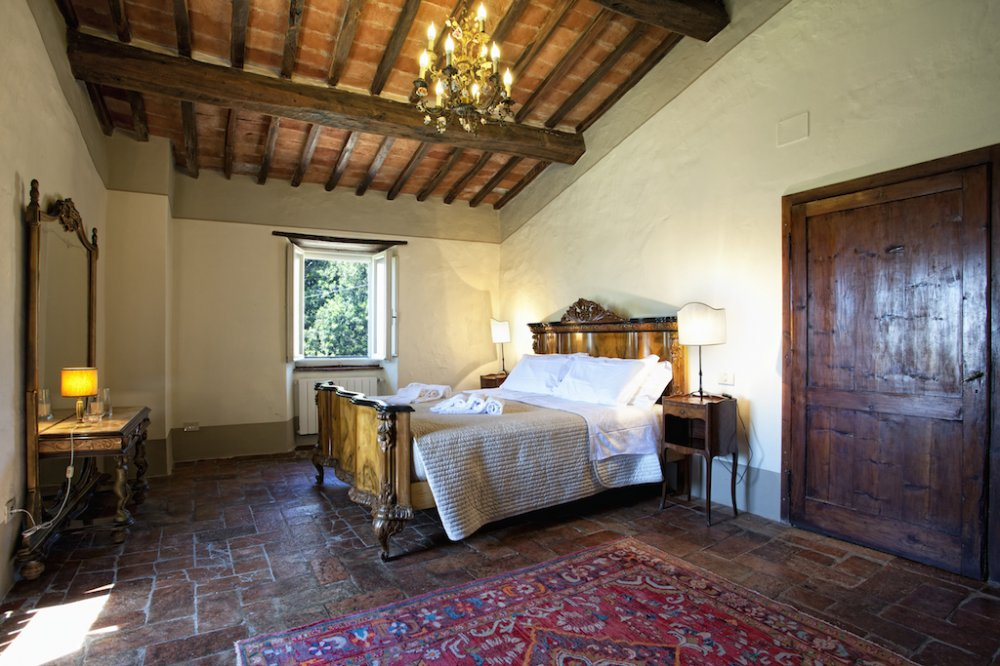 cortona-villa-double-room.jpg