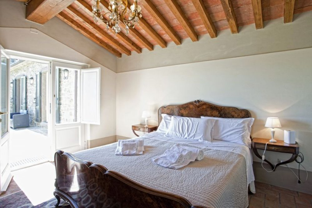 cortona-villa-double-room-4.jpg
